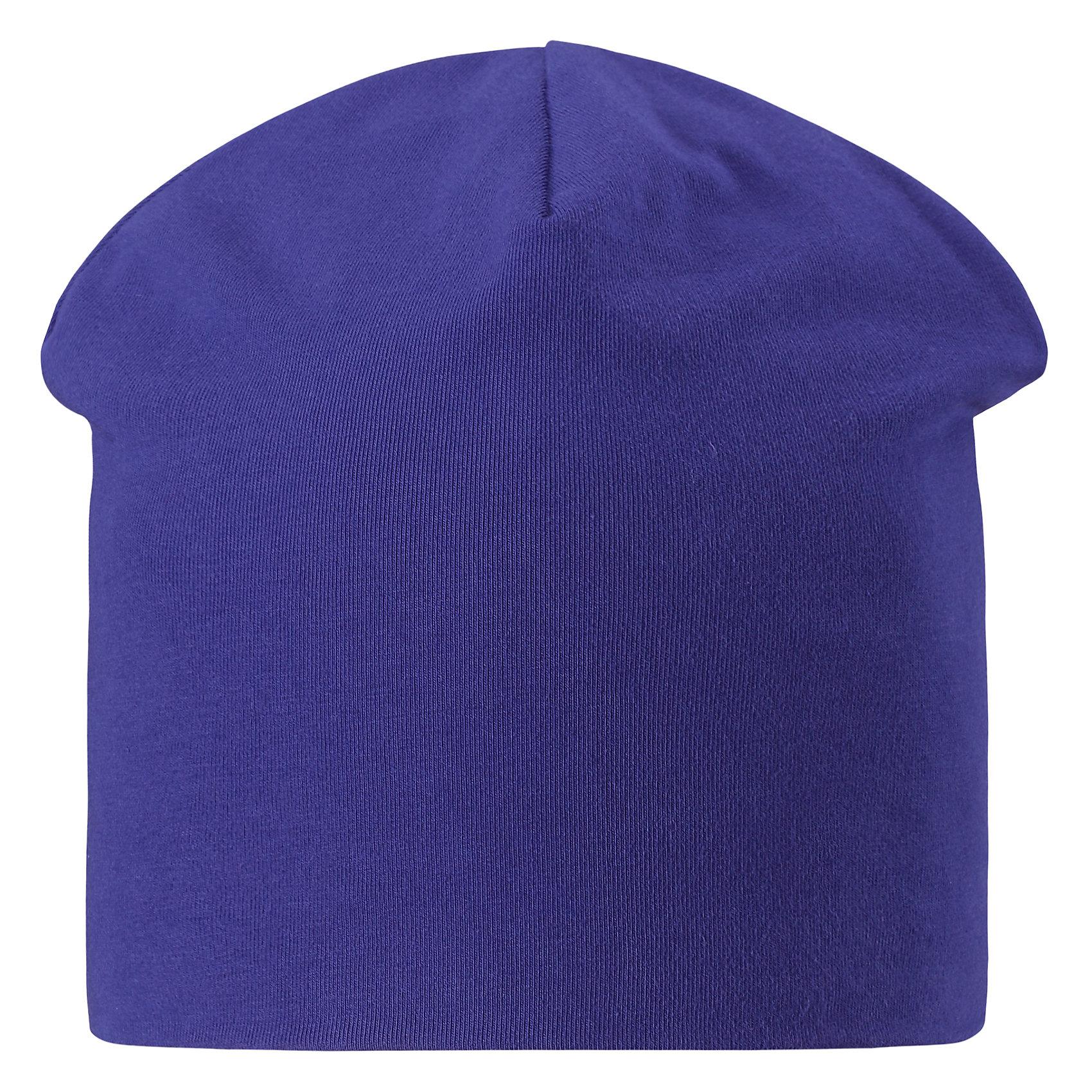 Шапка  для мальчика LASSIEШапки и шарфы<br>Характеристики товара:<br><br>• цвет: синий<br>• состав: 95% хлопок, 5% эластан<br>• эластичный материал<br>• мягкая сплошная подкладка: смесь хлопка jersey<br>• комфортная посадка<br>• страна производства: Китай<br>• страна бренда: Финляндия<br>• коллекция: весна-лето 2017<br><br>Детский головной убор может быть модным и удобным одновременно! Стильная шапка поможет обеспечить ребенку комфорт и дополнить наряд. Она отлично смотрится с различной одеждой. Шапка удобно сидит и аккуратно выглядит. Проста в уходе, долго служит. Продуманный крой разрабатывался специально для детей.<br><br>Обувь и одежда от финского бренда LASSIE пользуются популярностью во многих странах. Они стильные, качественные и удобные. Для производства продукции используются только безопасные, проверенные материалы и фурнитура. Порадуйте ребенка модными и красивыми вещами от Lassie®! <br><br>Шапку для мальчика от финского бренда LASSIE можно купить в нашем интернет-магазине.<br><br>Ширина мм: 89<br>Глубина мм: 117<br>Высота мм: 44<br>Вес г: 155<br>Цвет: синий<br>Возраст от месяцев: 72<br>Возраст до месяцев: 120<br>Пол: Мужской<br>Возраст: Детский<br>Размер: 54-56,46-48,50-52<br>SKU: 5264155