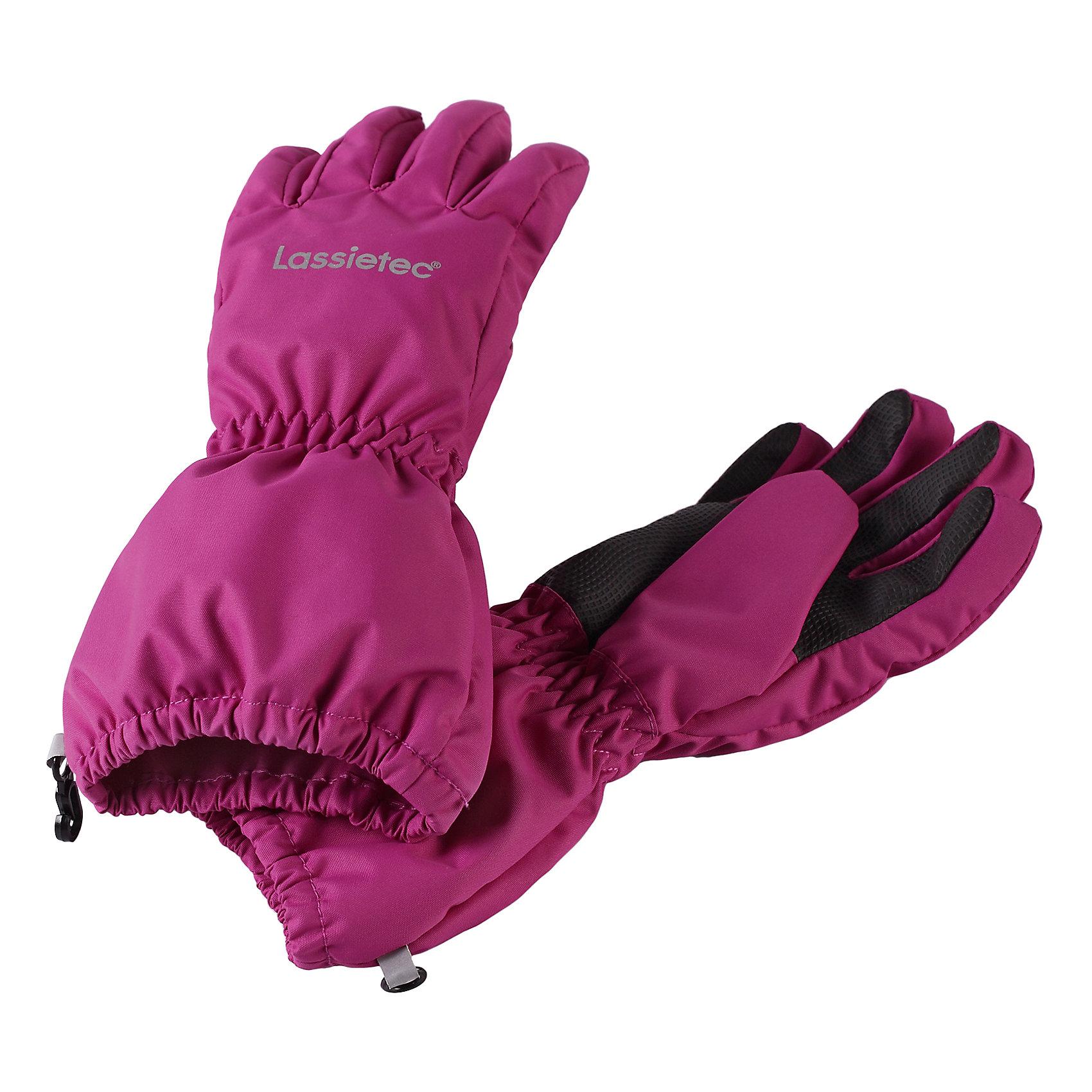 Перчатки LASSIEПерчатки и варежки<br>Характеристики товара:<br><br>• цвет: розовый<br>• температурный режим: от 0°до +10°С<br>• состав: 100% полиэстер, полиуретановое покрытие<br>• прочный материал<br>• подкладка из полиэстера с начесом<br>• водо- и ветронепроницаемый «дышащий» материал<br>• водонепроницаемая вставка<br>• накладки на ладонях, кончиках пальцев и больших пальцах<br>• страна производства: Китай<br>• страна бренда: Финляндия<br>• коллекция: весна-лето 2017<br><br>LASSIE представляет новые демисезонные перчатки. Они помогут обеспечить ребенку комфорт и дополнить наряд. Перчатки отлично смотрятся с различной одеждой. Изделия удобно сидят и модно выглядят. Просты в уходе, долго служат. Продуманный крой разрабатывался специально для детей.<br><br>Обувь и одежда от финского бренда LASSIE пользуются популярностью во многих странах. Они стильные, качественные и удобные. Для производства продукции используются только безопасные, проверенные материалы и фурнитура. Порадуйте ребенка модными и красивыми вещами от Lassie®! <br><br>Перчатки от финского бренда LASSIE можно купить в нашем интернет-магазине.<br><br>Ширина мм: 162<br>Глубина мм: 171<br>Высота мм: 55<br>Вес г: 119<br>Цвет: розовый<br>Возраст от месяцев: 24<br>Возраст до месяцев: 48<br>Пол: Женский<br>Возраст: Детский<br>Размер: 3,6,5,4<br>SKU: 5264245