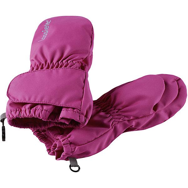 Варежки LASSIEПерчатки и варежки<br>Характеристики товара:<br><br>• цвет: розовый<br>• температурный режим: от +10°до 0°С<br>• состав: 100% полиэстер, мембрана 100% полиуретан.<br>• подкладка из полиэстера с начесом<br>• водо- и ветронепроницаемый «дышащий» материал<br>• прочный материал<br>• водонепроницаемая вставка<br>• застежка на липучке<br>• страна производства: Китай<br>• страна бренда: Финляндия<br>• коллекция: весна-лето 2017<br><br>LASSIE представляет новые демисезонные варежки. Они помогут обеспечить ребенку комфорт и дополнить наряд. Варежки отлично смотрятся с различной одеждой. Изделия удобно сидят и модно выглядят. Просты в уходе, долго служат. Продуманный крой разрабатывался специально для детей.<br><br>Обувь и одежда от финского бренда LASSIE пользуются популярностью во многих странах. Они стильные, качественные и удобные. Для производства продукции используются только безопасные, проверенные материалы и фурнитура. Порадуйте ребенка модными и красивыми вещами от Lassie®! <br><br>Варежки от финского бренда LASSIE можно купить в нашем интернет-магазине.<br>Ширина мм: 162; Глубина мм: 171; Высота мм: 55; Вес г: 119; Цвет: розовый; Возраст от месяцев: 0; Возраст до месяцев: 12; Пол: Женский; Возраст: Детский; Размер: 0,1,2; SKU: 5264787;