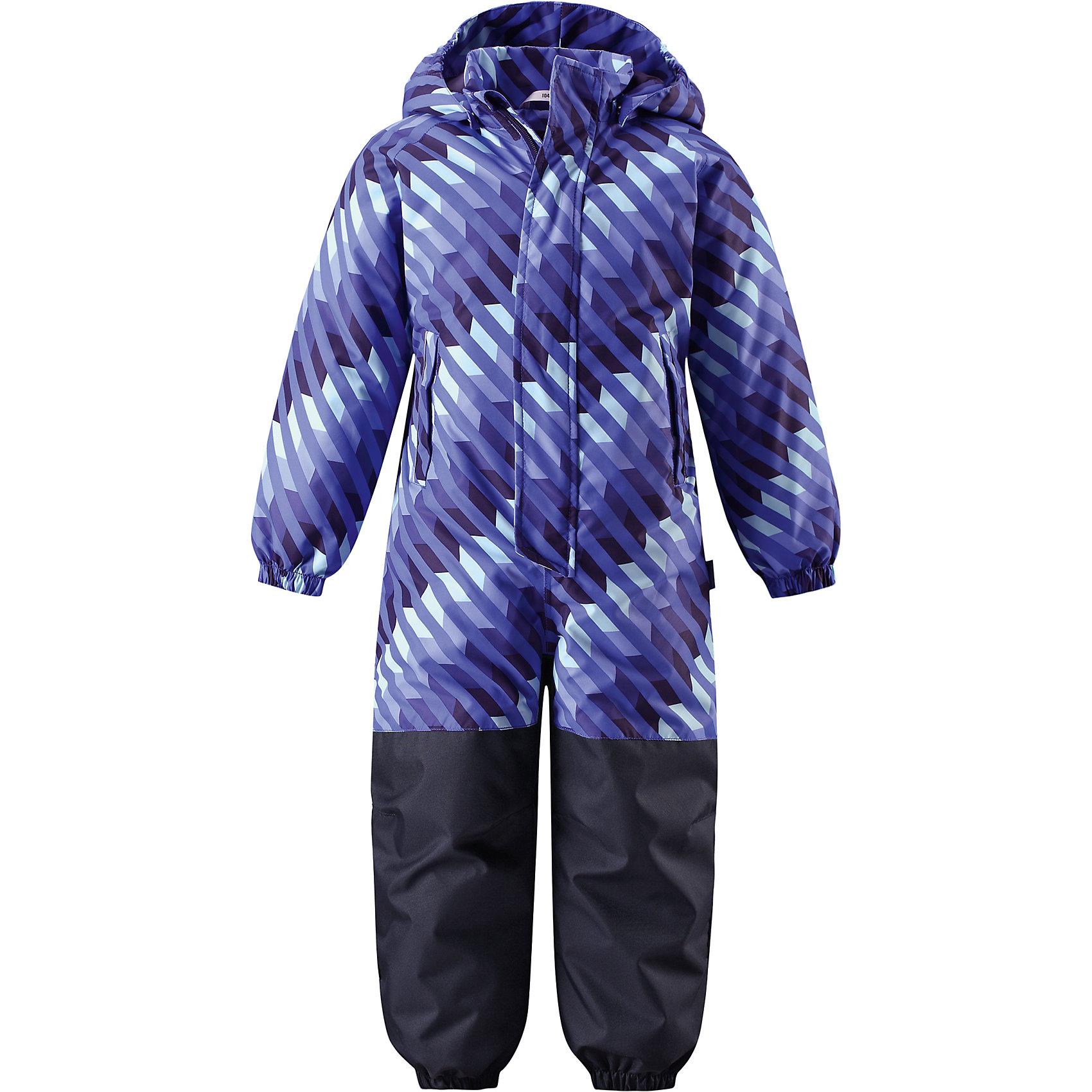 Комбинезон LASSIEОдежда<br>Характеристики товара:<br><br>• цвет: синий<br>• состав: 100% полиэстер, мембрана 100% полиуретан<br>• утеплитель: 80гр/м2<br>• температурный режим: от 0°до +10°С<br>• куртка: материал - taslan/водонепроницаемость: 1000 мм<br>сопротивление трению: 20000 циклов (тест Мартиндейла).<br>• полукомбенизон: материал - oxford/водонепроницаемость: 1000 мм<br>воздухопроводимость: 3000 г/м2/24ч, сопротивление трению: 50000 циклов (тест Мартиндейла).<br>• безопасный съёмный капюшон <br>• прочный материал<br>• водоотталкивающий, ветронепроницаемый, дышащий материал (Taslan)<br>• гладкая подкладка из полиэстера<br>• проклеенный задний средний шов<br>• эластичные манжеты на рукавах и брючинах.<br>• эластичная талия.<br>• съемные штрипки.<br>• нагрудный карман на молнии.<br>• модель с подтяжками.<br>• светоотражающие элементы для безопасности ребенка в темное время суток.<br>• разрешена сушка в сушильном шкафу.<br>• коллекция: весна-лето 2017<br>• страна бренда: Финляндия<br>• страна производства: Китай<br><br>Демисезонный комбинезон поможет обеспечить ребенку комфорт и тепло. Комбинезон удобно сидит и модно выглядит. Материал - водоотталкивающий, ветронепроницаемый и «дышащий». Продуманный крой разрабатывался специально для детей.<br><br>Комбинезон от финского бренда LASSIE by Reima можно купить в нашем интернет-магазине.<br><br>Ширина мм: 356<br>Глубина мм: 10<br>Высота мм: 245<br>Вес г: 519<br>Цвет: синий<br>Возраст от месяцев: 18<br>Возраст до месяцев: 24<br>Пол: Унисекс<br>Возраст: Детский<br>Размер: 110,80,116,128,122,92,86,98,104<br>SKU: 5264940