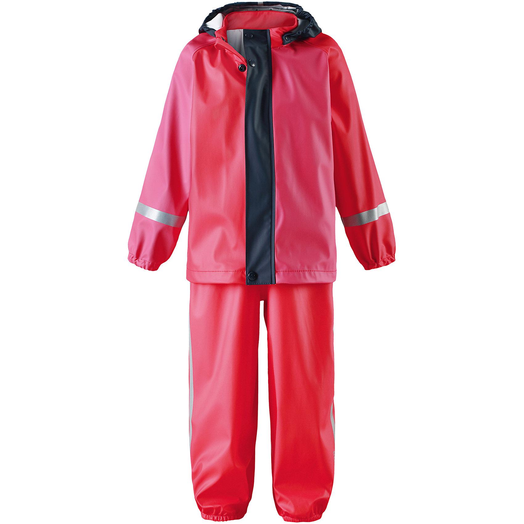 Непромокаемый комплект Tihku: куртка и брюки для девочки ReimaХарактеристики товара:<br><br>• цвет: красный<br>• состав: 100% полиэстер, полиуретановое покрытие<br>• температурный режим: от +10°до +20°С<br>• водонепроницаемость: 10000 мм<br>• без утеплителя<br>• комплектация: куртка, штаны<br>• водонепроницаемый материал с запаянными швами<br>• эластичный материал<br>• не содержит ПВХ<br>• безопасный съемный капюшон<br>• эластичные манжеты <br>• регулируемая талия<br>• эластичные манжеты на брючинах<br>• комфортная посадка<br>• съемные эластичные штрипки <br>• регулируемые подтяжки<br>• спереди застёгивается на молнию<br>• светоотражающие детали<br>• страна производства: Китай<br>• страна бренда: Финляндия<br>• коллекция: весна-лето 2017<br><br>Демисезонный комплект из куртки и штанов поможет обеспечить ребенку комфорт и тепло. Предметы отлично смотрятся с различной одеждой. Комплект удобно сидит и модно выглядит. Материал отлично подходит для дождливой погоды. Стильный дизайн разрабатывался специально для детей.<br><br>Обувь и одежда от финского бренда Reima пользуются популярностью во многих странах. Они стильные, качественные и удобные. Для производства продукции используются только безопасные, проверенные материалы и фурнитура.<br><br>Комплект: куртка и брюки для мальчика от финского бренда Reima (Рейма) можно купить в нашем интернет-магазине.<br><br>Ширина мм: 356<br>Глубина мм: 10<br>Высота мм: 245<br>Вес г: 519<br>Цвет: красный<br>Возраст от месяцев: 60<br>Возраст до месяцев: 72<br>Пол: Женский<br>Возраст: Детский<br>Размер: 74,80,86,92,98,116,104,110<br>SKU: 5265454
