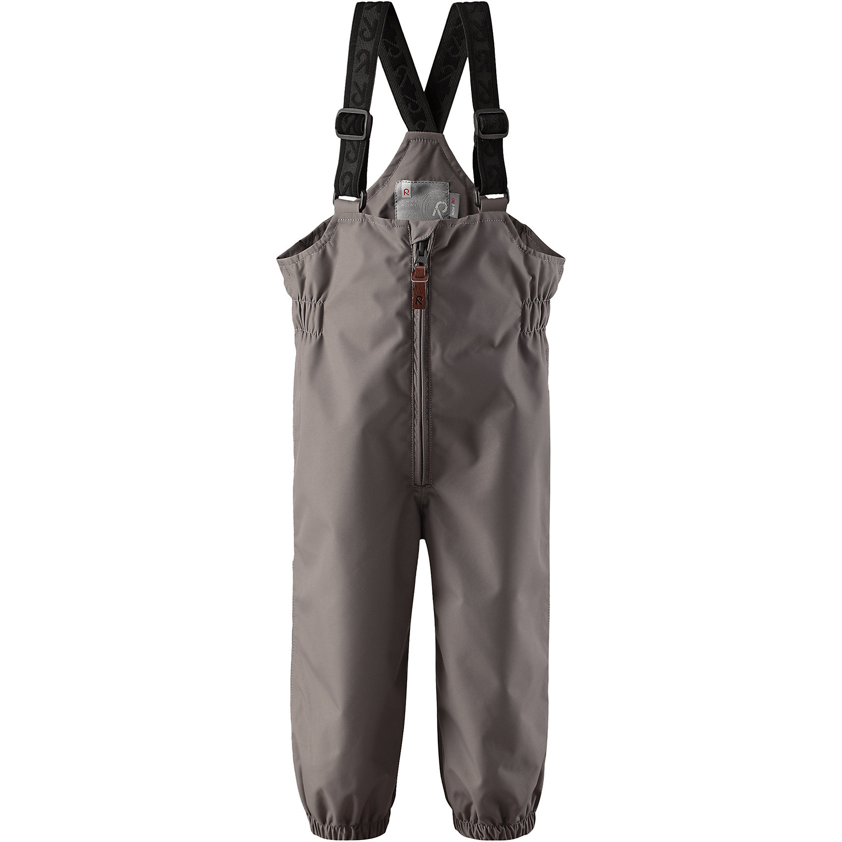 Брюки Erft Reimatec® ReimaВерхняя одежда<br>Характеристики товара:<br><br>• цвет: серый<br>• состав: 100% полиэстер, полиуретановое покрытие<br>• температурный режим: от +5°до +15°С<br>• водонепроницаемость: 8000 мм<br>• воздухопроницаемость: 5000 мм<br>• износостойкость: 30000 циклов (тест Мартиндейла)<br>• без утеплителя<br>• основые швы проклеены, водонепроницаемы<br>• водоотталкивающий, ветронепроницаемый, дышащий и водонепроницаемый материал<br>• гладкая подкладка из полиэстера<br>• высокая талия с регулируемыми подтяжками<br>• эластичные манжеты на брючинах<br>• эластичные съёмные штрипки<br>• комфортная посадка<br>• ширинка на молнии<br>• светоотражающие детали<br>• страна производства: Китай<br>• страна бренда: Финляндия<br>• коллекция: весна-лето 2017<br><br>Демисезонные брюки помогут обеспечить ребенку комфорт и тепло. Они отлично смотрятся с различным верхом. Изделие удобно сидит и модно выглядит. Материал отлично подходит для дождливой погоды. Стильный дизайн разрабатывался специально для детей.<br><br>Обувь и одежда от финского бренда Reima пользуются популярностью во многих странах. Они стильные, качественные и удобные. Для производства продукции используются только безопасные, проверенные материалы и фурнитура.<br><br>Брюки Reimatec® от финского бренда Reima (Рейма) можно купить в нашем интернет-магазине.<br><br>Ширина мм: 215<br>Глубина мм: 88<br>Высота мм: 191<br>Вес г: 336<br>Цвет: серый<br>Возраст от месяцев: 12<br>Возраст до месяцев: 18<br>Пол: Унисекс<br>Возраст: Детский<br>Размер: 86,98,74,92,80<br>SKU: 5265472