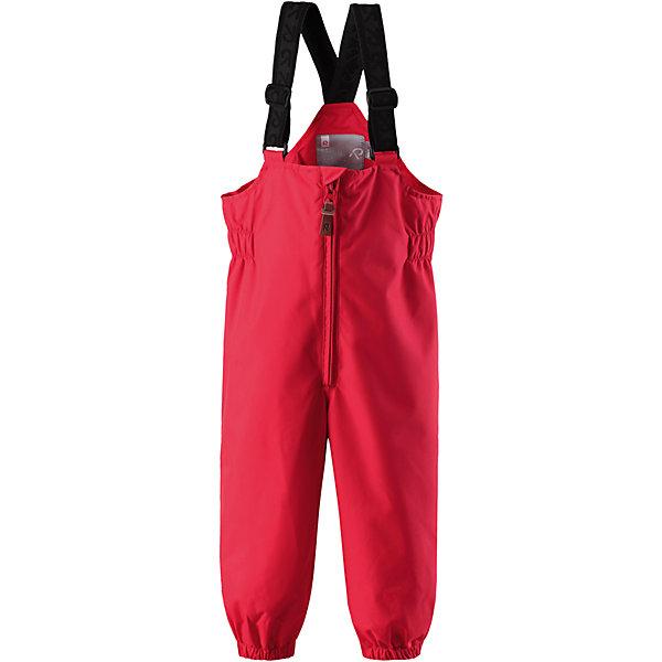 Брюки Erft для девочки Reimatec® ReimaВерхняя одежда<br>Характеристики товара:<br><br>• цвет: красный<br>• состав: 100% полиэстер, полиуретановое покрытие<br>• температурный режим: от +5°до +15°С<br>• водонепроницаемость: 8000 мм<br>• воздухопроницаемость: 5000 мм<br>• износостойкость: 30000 циклов (тест Мартиндейла)<br>• без утеплителя<br>• основые швы проклеены, водонепроницаемы<br>• водоотталкивающий, ветронепроницаемый, дышащий и водонепроницаемый материал<br>• гладкая подкладка из полиэстера<br>• высокая талия с регулируемыми подтяжками<br>• эластичные манжеты на брючинах<br>• эластичные съёмные штрипки<br>• комфортная посадка<br>• ширинка на молнии<br>• светоотражающие детали<br>• страна производства: Китай<br>• страна бренда: Финляндия<br>• коллекция: весна-лето 2017<br><br>Демисезонные брюки помогут обеспечить ребенку комфорт и тепло. Они отлично смотрятся с различным верхом. Изделие удобно сидит и модно выглядит. Материал отлично подходит для дождливой погоды. Стильный дизайн разрабатывался специально для детей.<br><br>Обувь и одежда от финского бренда Reima пользуются популярностью во многих странах. Они стильные, качественные и удобные. Для производства продукции используются только безопасные, проверенные материалы и фурнитура.<br><br>Брюки Reimatec® от финского бренда Reima (Рейма) можно купить в нашем интернет-магазине.<br>Ширина мм: 215; Глубина мм: 88; Высота мм: 191; Вес г: 336; Цвет: красный; Возраст от месяцев: 6; Возраст до месяцев: 9; Пол: Женский; Возраст: Детский; Размер: 74,98,86,80,92; SKU: 5265490;