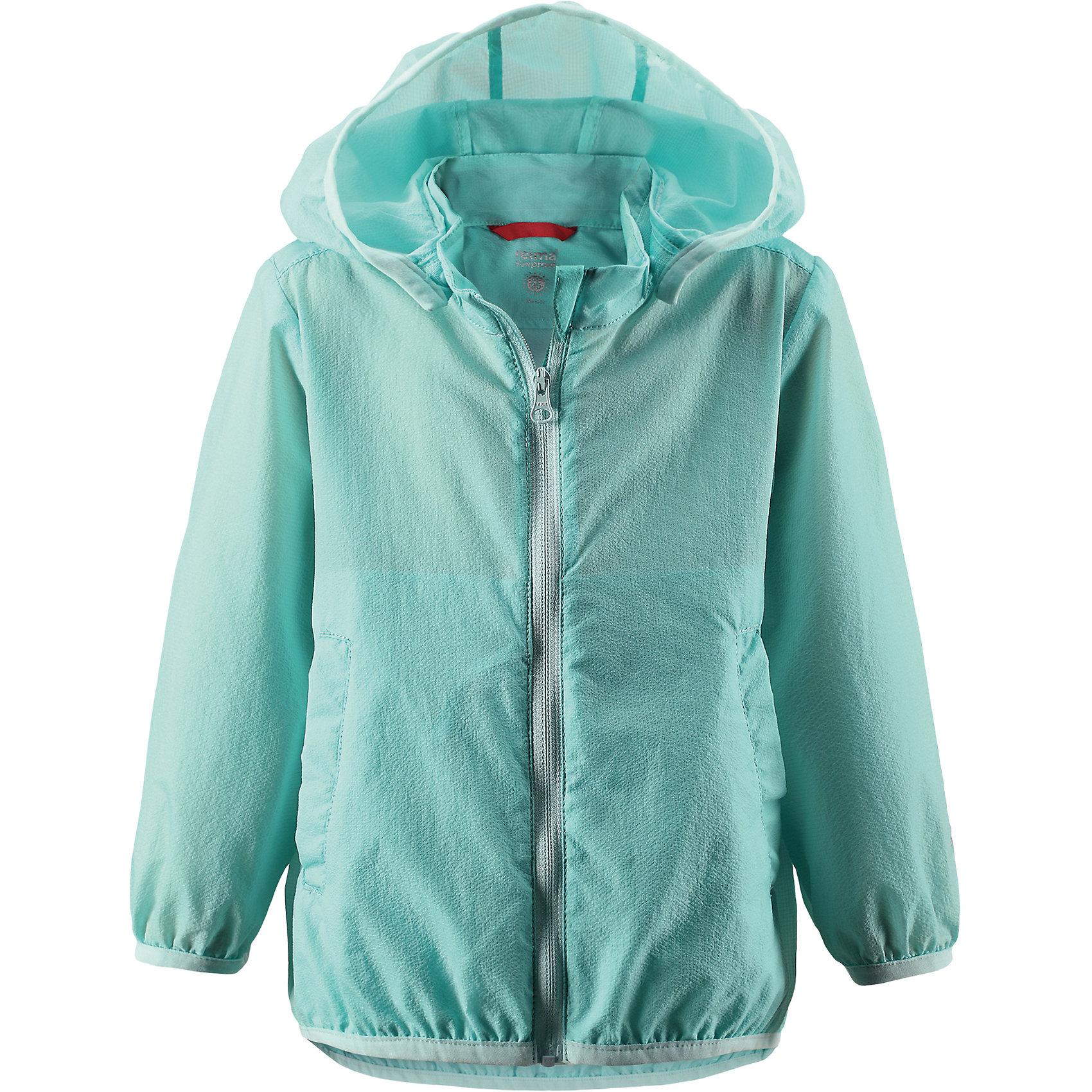Ветровка Sorriso для девочки ReimaХарактеристики товара:<br><br>• цвет: зеленый<br>• состав: 100% полиамид<br>• температурный режим: от +10°до +20°С<br>• легкий, водоотталкивающий и «дышащий» материал<br>• без подкладки<br>• безопасный съёмный капюшон<br>• эластичная сборка по краю капюшона, на манжетах и на подоле<br>• куртку можно свернуть в собственный карман<br>• молния<br>• комфортная посадка<br>• страна производства: Китай<br>• страна бренда: Финляндия<br>• коллекция: весна-лето 2017<br><br>Верхняя одежда для детей может быть модной и комфортной одновременно! Легкая куртка поможет обеспечить ребенку комфорт и тепло. Она отлично смотрится с различной одеждой и обувью. Изделие удобно сидит и модно выглядит. Материал - прочный, хорошо подходящий для межсезонья. Стильный дизайн разрабатывался специально для детей.<br><br>Одежда и обувь от финского бренда Reima пользуется популярностью во многих странах. Эти изделия стильные, качественные и удобные. Для производства продукции используются только безопасные, проверенные материалы и фурнитура. Порадуйте ребенка модными и красивыми вещами от Reima! <br><br>Куртку для девочки от финского бренда Reima (Рейма) можно купить в нашем интернет-магазине.<br><br>Ширина мм: 356<br>Глубина мм: 10<br>Высота мм: 245<br>Вес г: 519<br>Цвет: зеленый<br>Возраст от месяцев: 24<br>Возраст до месяцев: 36<br>Пол: Женский<br>Возраст: Детский<br>Размер: 98,86,92,74,80<br>SKU: 5265520