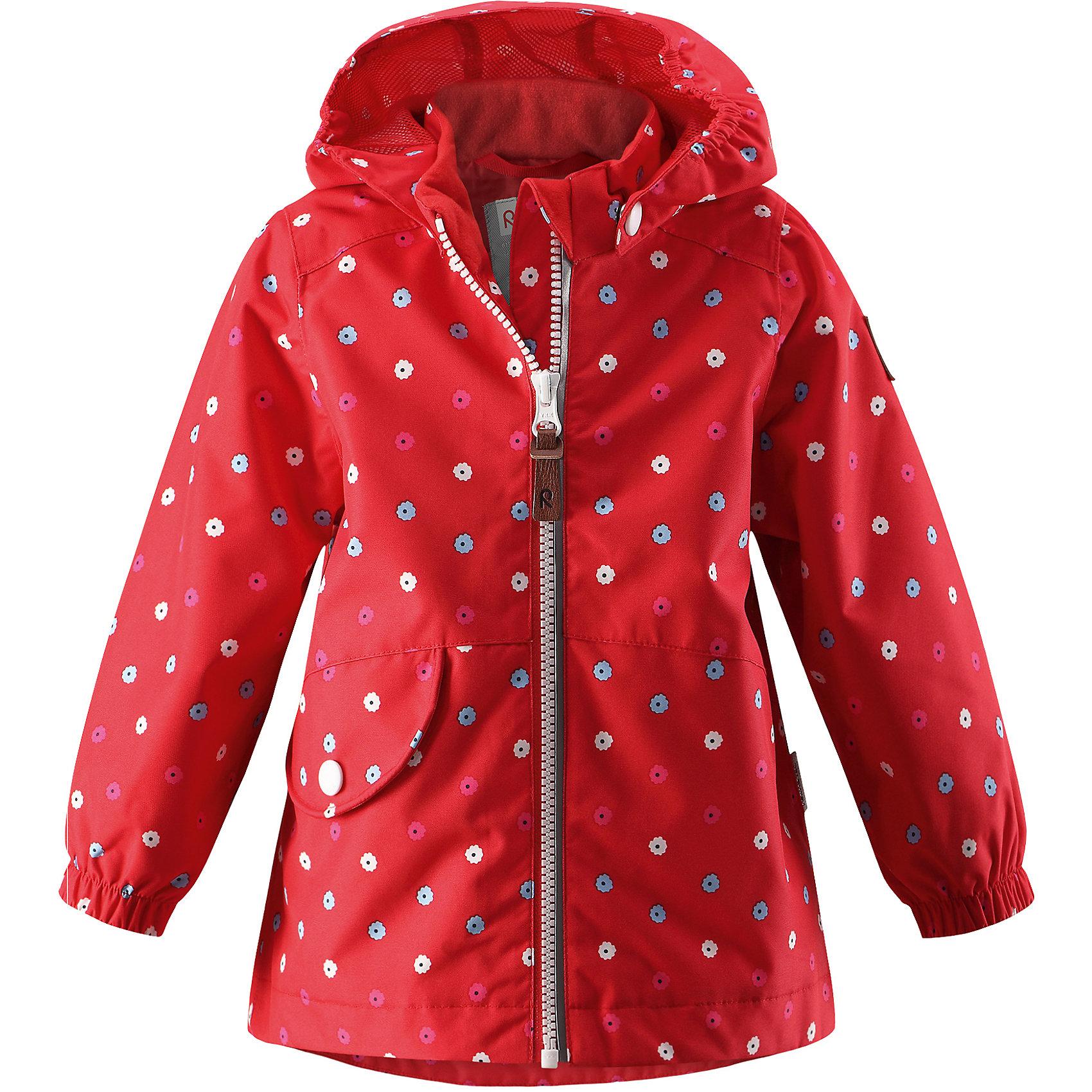 Куртка Hymy для девочки Reimatec® ReimaВерхняя одежда<br>Характеристики товара:<br><br>• цвет: красный<br>• состав: 100% полиэстер, полиуретановое покрытие<br>• температурный режим от +5° до +15°С<br>• водонепроницаемость: 8000 мм<br>• воздухопроницаемость: 5000 мм<br>• износостойкость: 30000 циклов (тест Мартиндейла)<br>• без утеплителя<br>• швы проклеены, водонепроницаемы<br>• водо- и ветронепроницаемый, дышащий, грязеотталкивающий материал<br>• гладкая подкладка из полиэстера<br>• эластичные манжеты<br>• удлиненный сзади подол<br>• отстегивающийся капюшон<br>• карман с клапаном<br>• светоотражающие детали<br>• комфортная посадка<br>• страна производства: Китай<br>• страна бренда: Финляндия<br>• коллекция: весна-лето 2017<br><br>Верхняя одежда для детей может быть модной и комфортной одновременно! Демисезонная куртка поможет обеспечить ребенку комфорт и тепло. Она отлично смотрится с различной одеждой и обувью. Изделие удобно сидит и модно выглядит. Материал - прочный, хорошо подходящий для межсезонья, водо- и ветронепроницаемый, «дышащий». Стильный дизайн разрабатывался специально для детей.<br><br>Одежда и обувь от финского бренда Reima пользуется популярностью во многих странах. Эти изделия стильные, качественные и удобные. Для производства продукции используются только безопасные, проверенные материалы и фурнитура. Порадуйте ребенка модными и красивыми вещами от Reima! <br><br>Куртку для девочки Reimatec® от финского бренда Reima (Рейма) можно купить в нашем интернет-магазине.<br><br>Ширина мм: 455<br>Глубина мм: 378<br>Высота мм: 73<br>Вес г: 292<br>Цвет: красный<br>Возраст от месяцев: 11<br>Возраст до месяцев: 15<br>Пол: Женский<br>Возраст: Детский<br>Размер: 80,98,86,74,92<br>SKU: 5265568