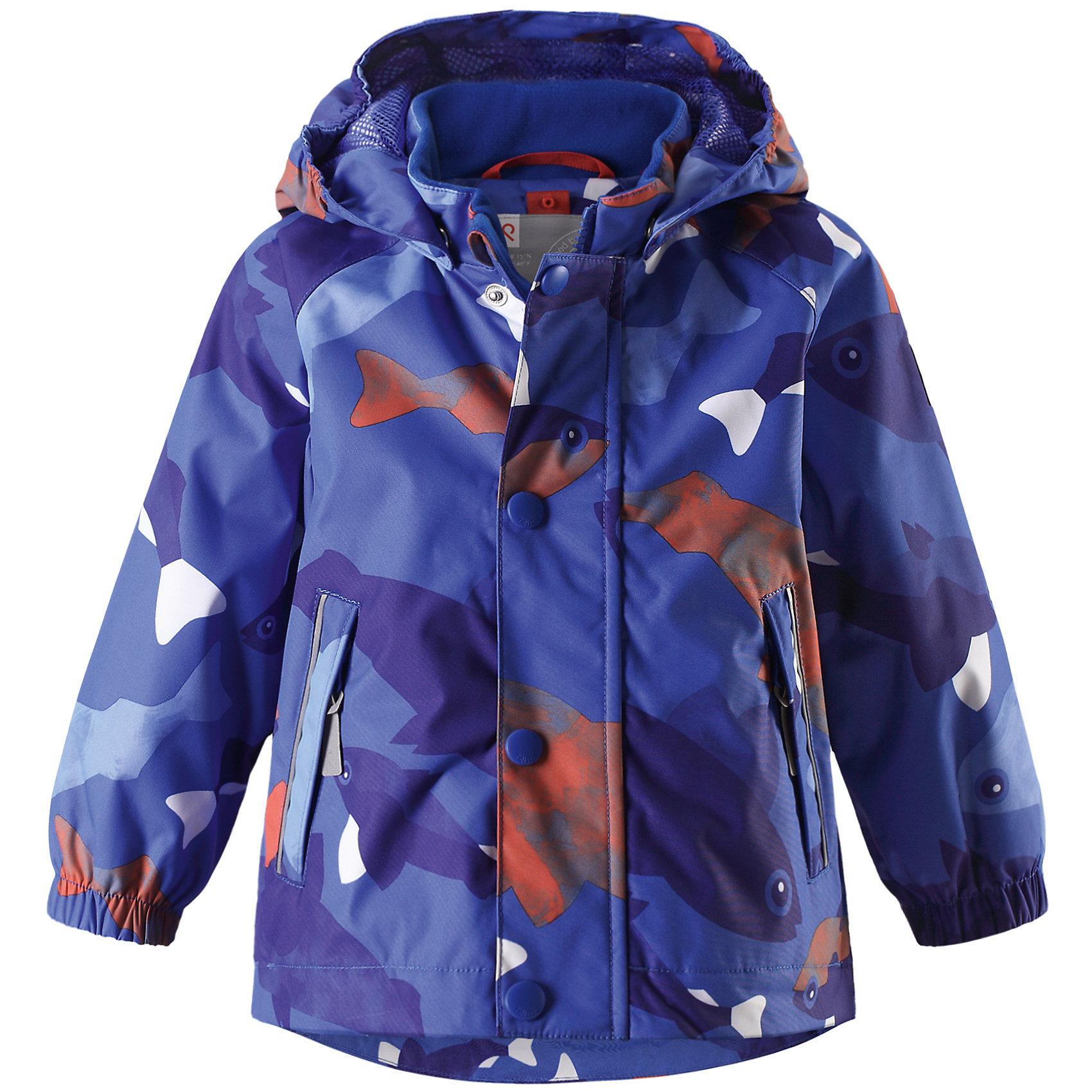 Куртка Nautilus Reimatec® ReimaВерхняя одежда<br>Характеристики товара:<br><br>• цвет: синий<br>• состав: 100% полиэстер, полиуретановое покрытие<br>• температурный режим: от +5° до +15°С<br>• без утеплителя<br>• водонепроницаемость: 10000 мм<br>• воздухопроницаемость: 5000 мм<br>• износостойкость: 40000 циклов (тест Мартиндейла)<br>• все швы проклеены, водонепроницаемы<br>• водо- и ветронепроницаемый, дышащий, грязеотталкивающий материал<br>• гладкая подкладка из полиэстера по всему изделию, mesh сетка на капюшоне<br>• безопасный съёмный и регулируемый капюшон<br>• эластичные манжеты<br>• регулируемый подол<br>• два кармана на молнии<br>• светоотражающие детали<br>• комфортная посадка<br>• страна производства: Китай<br>• страна бренда: Финляндия<br>• коллекция: весна-лето 2017<br><br>В межсезонье верхняя одежда для детей может быть модной и комфортной одновременно! Демисезонная куртка поможет обеспечить ребенку комфорт и тепло. Она отлично смотрится с различной одеждой и обувью. Изделие удобно сидит и модно выглядит. Материал - прочный, хорошо подходящий для межсезонья, водо- и ветронепроницаемый, «дышащий». Стильный дизайн разрабатывался специально для детей.<br><br>Одежда и обувь от финского бренда Reima пользуется популярностью во многих странах. Эти изделия стильные, качественные и удобные. Для производства продукции используются только безопасные, проверенные материалы и фурнитура. Порадуйте ребенка модными и красивыми вещами от Reima! <br><br>Куртку Reimatec® от финского бренда Reima (Рейма) можно купить в нашем интернет-магазине.<br><br>Ширина мм: 356<br>Глубина мм: 10<br>Высота мм: 245<br>Вес г: 519<br>Цвет: синий<br>Возраст от месяцев: 18<br>Возраст до месяцев: 24<br>Пол: Мужской<br>Возраст: Детский<br>Размер: 92,86,80,74,98<br>SKU: 5265814