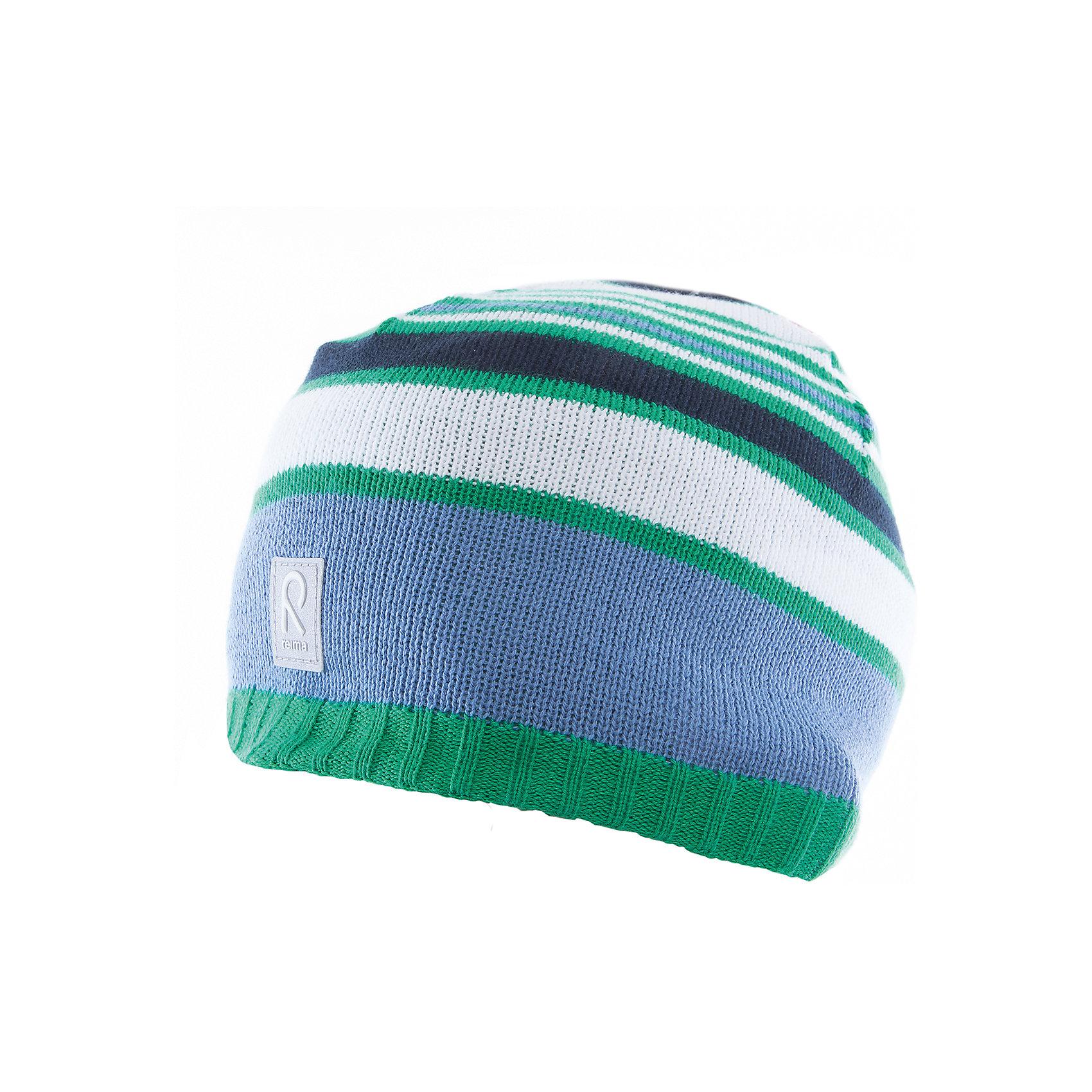 Шапка ReimaШапки и шарфы<br>Характеристики товара:<br><br>• цвет: голубой/зелёный<br>• состав: 100% хлопок<br>• полуподкладка: хлопковый трикотаж<br>• температурный режим: от 0С до +15С<br>• эластичный хлопковый трикотаж<br>• изделие сертифицированно по стандарту Oeko-Tex на продукцию класса 2 - одежда, контактирующая с кожей<br>• ветронепроницаемые вставки в области ушей<br>• эмблема Reima спереди<br>• светоотражающая эмблема спереди<br>• страна бренда: Финляндия<br>• страна производства: Китай<br><br>Детский головной убор может быть модным и удобным одновременно! Стильная шапка поможет обеспечить ребенку комфорт и дополнить наряд. Шапка удобно сидит и аккуратно выглядит. Проста в уходе, долго служит. Стильный дизайн разрабатывался специально для детей. Отличная защита от дождя и ветра!<br><br>Уход:<br><br>• стирать по отдельности, вывернув наизнанку<br>• придать первоначальную форму вo влажном виде<br>• возможна усадка 5 %.<br><br>Шапку от финского бренда Reima (Рейма) можно купить в нашем интернет-магазине.<br><br>Ширина мм: 89<br>Глубина мм: 117<br>Высота мм: 44<br>Вес г: 155<br>Цвет: зеленый<br>Возраст от месяцев: 18<br>Возраст до месяцев: 36<br>Пол: Унисекс<br>Возраст: Детский<br>Размер: 50,52,56,54<br>SKU: 5266109