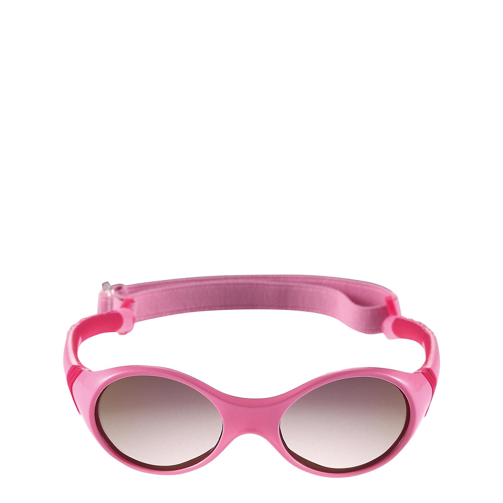 Солнцезащитные очки Ankka для девочки ReimaСолнцезащитные очки<br>Характеристики товара:<br><br>• цвет: розовый<br>• состав: оправа - TPEE/TPR/TR90/Резина, линзы - PC<br>• возраст: 0+<br>• 3 степень УФА + УФВ защиты<br>• съёмная эластичная резинка<br>• поляризованные зеркальные линзы<br>• обработка противотуманным покрытием<br>• мягкая и эластичная оправа <br>• защитный чехол в комплекте<br>• регулируемый размер<br>• европейский сертификат соответствия<br>• защита от ультрафиолетовых лучей спектра A и спектра B класса 5<br>• страна производства: Китай<br>• страна бренда: Финляндия<br>• коллекция: весна-лето 2017<br><br>Специальные очки помогут уберечь глаза детей от повреждения прямыми солнечными лучами. Эта модель разрабатывалась для малышей - у неё мягкая оправа с очень комфортной посадкой, зеркальные линзы со специальной обработкой, есть защитный чехол. Очки не только хорошо проработаны, они стильно смотрятся!<br><br>Обувь и одежда от финского бренда Reima пользуются популярностью во многих странах. Они стильные, качественные и удобные. Для производства продукции используются только безопасные, проверенные материалы и фурнитура.<br><br>Солнцезащитные очки для девочки от финского бренда Reima (Рейма) можно купить в нашем интернет-магазине.<br><br>Ширина мм: 170<br>Глубина мм: 157<br>Высота мм: 67<br>Вес г: 117<br>Цвет: розовый<br>Возраст от месяцев: 48<br>Возраст до месяцев: 72<br>Пол: Женский<br>Возраст: Детский<br>Размер: one size<br>SKU: 5266114