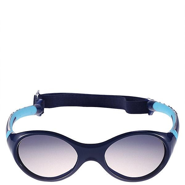 Солнцезащитные очки Maininki для мальчика ReimaАксессуары<br>Характеристики товара:<br><br>• цвет: синий<br>• состав: оправа - TPEE/TPR/TR90/Резина, линзы - PC<br>• рекомендовано для детей 0-4 лет<br>• поляризованные зеркальные линзы<br>• обработка противотуманным покрытием<br>• регулируемый размер<br>• мягкая и эластичная оправа <br>• защитный чехол в комплекте<br>• европейский сертификат соответствия<br>• съёмня эластичная резинка<br>• защита от ультрафиолетовых лучей спектра A и спектра B класса 5<br>• страна производства: Китай<br>• страна бренда: Финляндия<br>• коллекция: весна-лето 2017<br><br>Специальные очки помогут уберечь глаза детей от повреждения прямыми солнечными лучами. Эта модель разрабатывалась для малышей - у неё мягкая оправа с очень комфортной посадкой, зеркальные линзы со специальной обработкой, есть защитный чехол. Очки не только хорошо проработаны, они стильно смотрятся!<br><br>Обувь и одежда от финского бренда Reima пользуются популярностью во многих странах. Они стильные, качественные и удобные. Для производства продукции используются только безопасные, проверенные материалы и фурнитура.<br><br>Солнцезащитные очки для мальчика от финского бренда Reima (Рейма) можно купить в нашем интернет-магазине.<br><br>Ширина мм: 170<br>Глубина мм: 157<br>Высота мм: 67<br>Вес г: 117<br>Цвет: синий<br>Возраст от месяцев: 48<br>Возраст до месяцев: 72<br>Пол: Мужской<br>Возраст: Детский<br>Размер: one size<br>SKU: 5266118