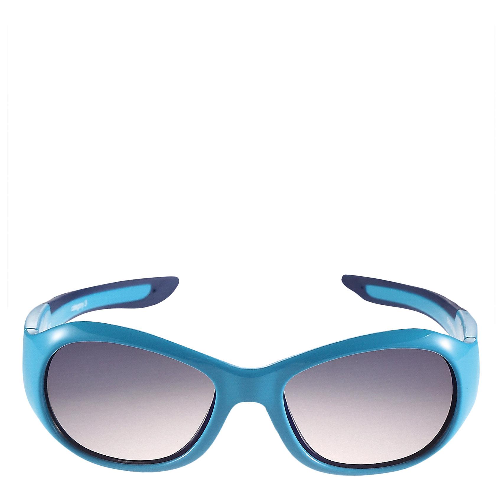 Солнцезащитные очки Bayou ReimaАксессуары<br>Характеристики товара:<br><br>• цвет: голубой<br>• состав: оправа - TPEE/TPR/TR90/Резина, линзы - PC<br>• рекомендовано для детей 0-4 лет<br>• поляризованные зеркальные линзы<br>• обработка противотуманным покрытием<br>• мягкая и эластичная оправа <br>• защитный чехол в комплекте<br>• европейский сертификат соответствия<br>• защита от ультрафиолетовых лучей спектра A и спектра B класса 5<br>• страна производства: Китай<br>• страна бренда: Финляндия<br>• коллекция: весна-лето 2017<br><br>Специальные очки помогут уберечь глаза детей от повреждения прямыми солнечными лучами. Эта модель разрабатывалась для малышей - у неё мягкая оправа с очень комфортной посадкой, зеркальные линзы со специальной обработкой, есть защитный чехол. Очки не только хорошо проработаны, они стильно смотрятся!<br><br>Обувь и одежда от финского бренда Reima пользуются популярностью во многих странах. Они стильные, качественные и удобные. Для производства продукции используются только безопасные, проверенные материалы и фурнитура.<br><br>Солнцезащитные очки для девочки от финского бренда Reima (Рейма) можно купить в нашем интернет-магазине.<br><br>Ширина мм: 170<br>Глубина мм: 157<br>Высота мм: 67<br>Вес г: 117<br>Цвет: синий<br>Возраст от месяцев: 48<br>Возраст до месяцев: 72<br>Пол: Унисекс<br>Возраст: Детский<br>Размер: one size<br>SKU: 5266122
