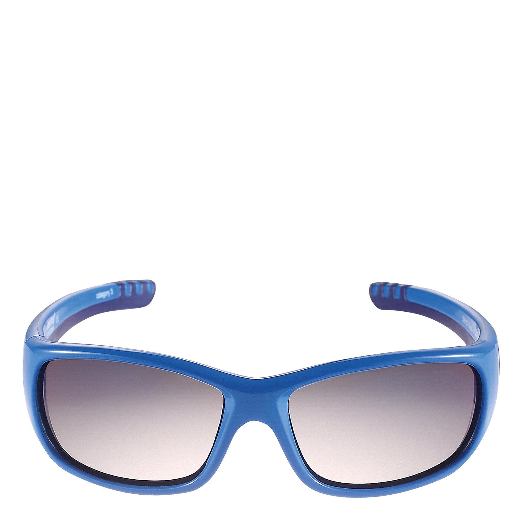 Солнцезащитные очки Sereno ReimaХарактеристики товара:<br><br>• цвет: синий<br>• состав: оправа - TPEE/TPR/TR90/Резина, линзы - PC<br>• рекомендовано для детей 4-6 лет<br>• 3 степень УФА + УФВ защиты<br>• поляризованные зеркальные линзы<br>• обработка противотуманным покрытием<br>• мягкая и эластичная оправа <br>• защитный чехол в комплекте<br>• европейский сертификат соответствия<br>• защита от ультрафиолетовых лучей спектра A и спектра B класса 5<br>• страна производства: Китай<br>• страна бренда: Финляндия<br>• коллекция: весна-лето 2017<br><br>Специальные очки помогут уберечь глаза детей от повреждения прямыми солнечными лучами. Эта модель разрабатывалась для малышей - у неё мягкая оправа с очень комфортной посадкой, зеркальные линзы со специальной обработкой, есть защитный чехол. Очки не только хорошо проработаны, они стильно смотрятся!<br><br>Обувь и одежда от финского бренда Reima пользуются популярностью во многих странах. Они стильные, качественные и удобные. Для производства продукции используются только безопасные, проверенные материалы и фурнитура.<br><br>Солнцезащитные очки для девочки от финского бренда Reima (Рейма) можно купить в нашем интернет-магазине.<br><br>Ширина мм: 170<br>Глубина мм: 157<br>Высота мм: 67<br>Вес г: 117<br>Цвет: синий<br>Возраст от месяцев: 48<br>Возраст до месяцев: 72<br>Пол: Унисекс<br>Возраст: Детский<br>Размер: one size<br>SKU: 5266128