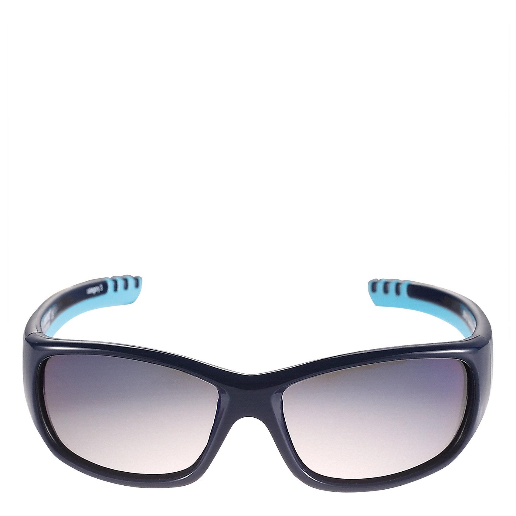 Солнцезащитные очки Sereno ReimaСолнцезащитные очки<br>Характеристики товара:<br><br>• цвет: синий<br>• состав: оправа - TPEE/TPR/TR90/Резина, линзы - PC<br>• рекомендовано для детей 4-6 лет<br>• 3 степень УФА + УФВ защиты<br>• поляризованные зеркальные линзы<br>• обработка противотуманным покрытием<br>• мягкая и эластичная оправа <br>• защитный чехол в комплекте<br>• европейский сертификат соответствия<br>• защита от ультрафиолетовых лучей спектра A и спектра B класса 5<br>• страна производства: Китай<br>• страна бренда: Финляндия<br>• коллекция: весна-лето 2017<br><br>Специальные очки помогут уберечь глаза детей от повреждения прямыми солнечными лучами. Эта модель разрабатывалась для малышей - у неё мягкая оправа с очень комфортной посадкой, зеркальные линзы со специальной обработкой, есть защитный чехол. Очки не только хорошо проработаны, они стильно смотрятся!<br><br>Обувь и одежда от финского бренда Reima пользуются популярностью во многих странах. Они стильные, качественные и удобные. Для производства продукции используются только безопасные, проверенные материалы и фурнитура.<br><br>Солнцезащитные очки для девочки от финского бренда Reima (Рейма) можно купить в нашем интернет-магазине.<br>-<br><br>Ширина мм: 170<br>Глубина мм: 157<br>Высота мм: 67<br>Вес г: 117<br>Цвет: синий<br>Возраст от месяцев: 48<br>Возраст до месяцев: 72<br>Пол: Унисекс<br>Возраст: Детский<br>Размер: one size<br>SKU: 5266130