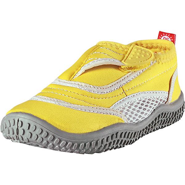 Коралловые тапочки Aqua для плавания ReimaПляжная обувь<br>Характеристики товара:<br><br>• цвет: желтый<br>• состав: верх - ПЭ, подошва - термопластичная резина<br>• застежка: липучка<br>• устойчивая легкая подошва ЭВА<br>• модель из солнцезащитного материала SunProof<br>• съемные стельки с рисунком Happy Fit, помогающие определить размер<br>• фактор защиты от ультрафиолета: 50+<br>• хорошее сцепление с поверхностью<br>• можно стирать в машине при температуре 30 °C<br>• страна производства: Китай<br>• страна бренда: Финляндия<br>• коллекция: весна-лето 2017<br><br>Детская обувь может быть модной и комфортной одновременно! Удобные стильные сандали для плавания помогут обеспечить ребенку комфорт и дополнить наряд. Они отлично смотрятся с различной одеждой. Сандали для плавания удобно сидят на ноге и аккуратно смотрятся. Легко чистятся и долго служат. Продуманная конструкция разрабатывалась специально для детей.<br><br>Одежда и обувь от финского бренда Reima пользуется популярностью во многих странах. Эти изделия стильные, качественные и удобные. Для производства продукции используются только безопасные, проверенные материалы и фурнитура. Порадуйте ребенка модными и красивыми вещами от Reima! <br><br>Сандали для плавания от финского бренда Reima (Рейма) можно купить в нашем интернет-магазине.<br><br>Ширина мм: 227<br>Глубина мм: 145<br>Высота мм: 124<br>Вес г: 325<br>Цвет: желтый<br>Возраст от месяцев: 120<br>Возраст до месяцев: 132<br>Пол: Унисекс<br>Возраст: Детский<br>Размер: 34,32,26,37,36,29,38,24,35,27,31,30,25,28,33<br>SKU: 5266981