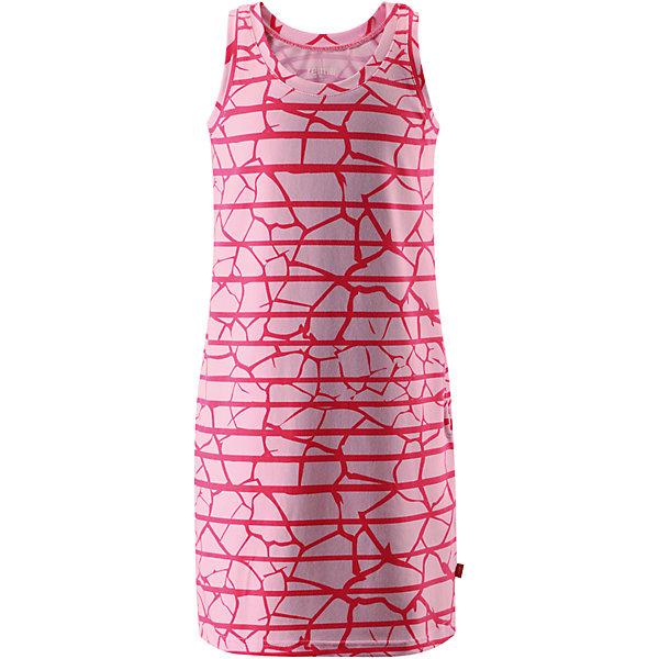 Платье Helle для девочки ReimaОдежда<br>Характеристики товара:<br><br>• цвет: розовый<br>• состав: 65% хлопок, 30% полиэстер, 5% эластан<br>• фактор защиты от ультрафиолета: 40+<br>• быстросохнущий, очень приятный на ощупь материал Play Jersey<br>• приятная на ощупь хлопковая поверхность<br>• влагоотводящая изнаночная сторона<br>• без рукавов<br>• страна бренда: Финляндия<br>• страна изготовитель: Китай<br><br>Одежда может быть модной и комфортной одновременно! Удобное симпатичное платье поможет обеспечить ребенку комфорт - оно не стесняет движения и удобно сидит.<br><br>Уход:<br><br>• стирать и гладить, вывернув наизнанку<br>• стирать с бельем одинакового цвета<br>• стирать моющим средством, не содержащим отбеливающие вещества<br>• полоскать без специального средства<br>• придать первоначальную форму вo влажном виде.<br><br>Платье для девочки от финского бренда Reima (Рейма) можно купить в нашем интернет-магазине.<br>Ширина мм: 236; Глубина мм: 16; Высота мм: 184; Вес г: 177; Цвет: розовый; Возраст от месяцев: 120; Возраст до месяцев: 132; Пол: Женский; Возраст: Детский; Размер: 146,122,152,164,104,110,116,158,128,134,140; SKU: 5267461;