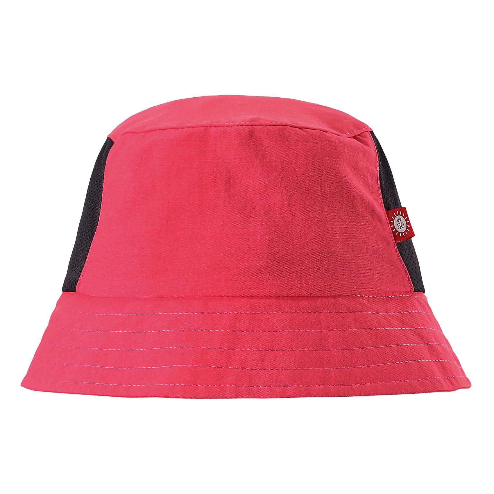 Панама Vimpa для девочки ReimaШапки и шарфы<br>Характеристики товара:<br><br>• цвет: розовый<br>• состав: 92% полиамид, 8% полиэстер<br>• фактор защиты от ультрафиолета: 50+<br>• дышащий материал с охлаждающим эффектом<br>• стильный защитный козырёк<br>• защищает от солнца<br>• облегчённая модель без подкладки<br>• эмблема Reima сбоку<br>• страна бренда: Финляндия<br>• страна производства: Китай<br><br>Детский головной убор может быть модным и удобным одновременно! Стильная панама поможет обеспечить ребенку комфорт и дополнить наряд. Панама удобно сидит и аккуратно выглядит. Проста в уходе, долго служит. Стильный дизайн разрабатывался специально для детей. Отличная защита от солнца!<br><br>Уход:<br><br>• стирать с бельем одинакового цвета<br>• стирать моющим средством, не содержащим отбеливающие вещества<br>• полоскать без специального средства<br>• во избежание изменения цвета изделие необходимо вынуть из стиральной машинки незамедлительно после окончания программы стирки<br>• сушить при низкой температуре.<br><br>Панаму для мальчика от финского бренда Reima (Рейма) можно купить в нашем интернет-магазине.<br><br>Ширина мм: 89<br>Глубина мм: 117<br>Высота мм: 44<br>Вес г: 155<br>Цвет: розовый<br>Возраст от месяцев: 9<br>Возраст до месяцев: 18<br>Пол: Женский<br>Возраст: Детский<br>Размер: 48,56,54,52,50<br>SKU: 5267742