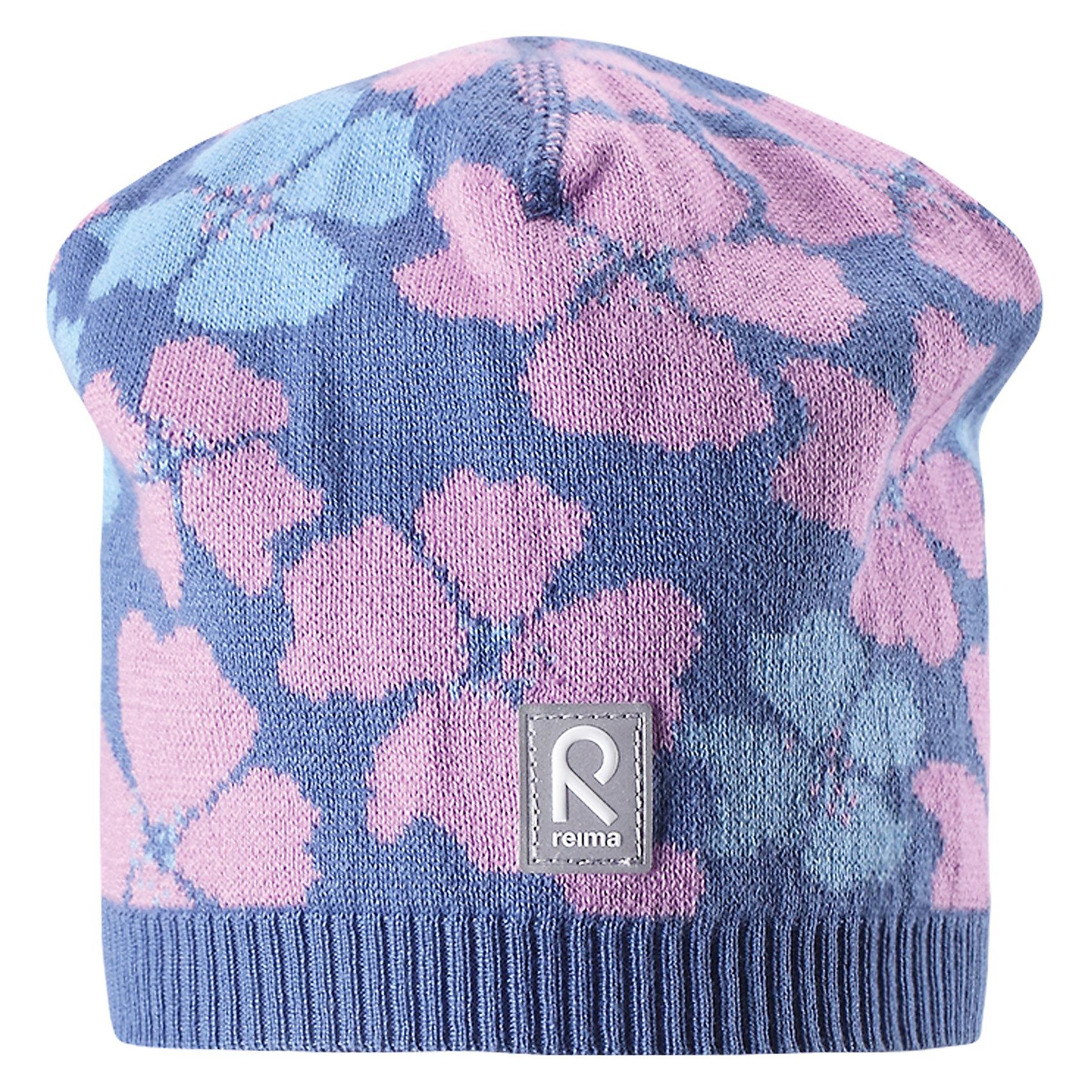 Шапка Paradise для девочки ReimaШапки и шарфы<br>Характеристики товара:<br><br>• цвет: сиреневый<br>• состав: 100% хлопок<br>• температурный режим: от +10С<br>• эластичный хлопковый трикотаж<br>• изделие сертифицированно по стандарту Oeko-Tex на продукцию класса 2 - одежда, контактирующая с кожей<br>• облегчённая модель без подкладки<br>• эмблема Reima спереди<br>• сплошная жаккардовая узорная вязка<br>• светоотражающая эмблема спереди<br>• страна бренда: Финляндия<br>• страна производства: Китай<br><br>Детский головной убор может быть модным и удобным одновременно! Стильная шапка поможет обеспечить ребенку комфорт и дополнить наряд.Шапка удобно сидит и аккуратно выглядит. Проста в уходе, долго служит. Стильный дизайн разрабатывался специально для детей. Отличная защита от дождя и ветра!<br><br>Уход:<br><br>• стирать по отдельности, вывернув наизнанку<br>• придать первоначальную форму вo влажном виде<br>• возможна усадка 5 %.<br><br>Шапку для девочки от финского бренда Reima (Рейма) можно купить в нашем интернет-магазине.<br><br>Ширина мм: 89<br>Глубина мм: 117<br>Высота мм: 44<br>Вес г: 155<br>Цвет: синий<br>Возраст от месяцев: 48<br>Возраст до месяцев: 84<br>Пол: Женский<br>Возраст: Детский<br>Размер: 54,56,50,52<br>SKU: 5267846