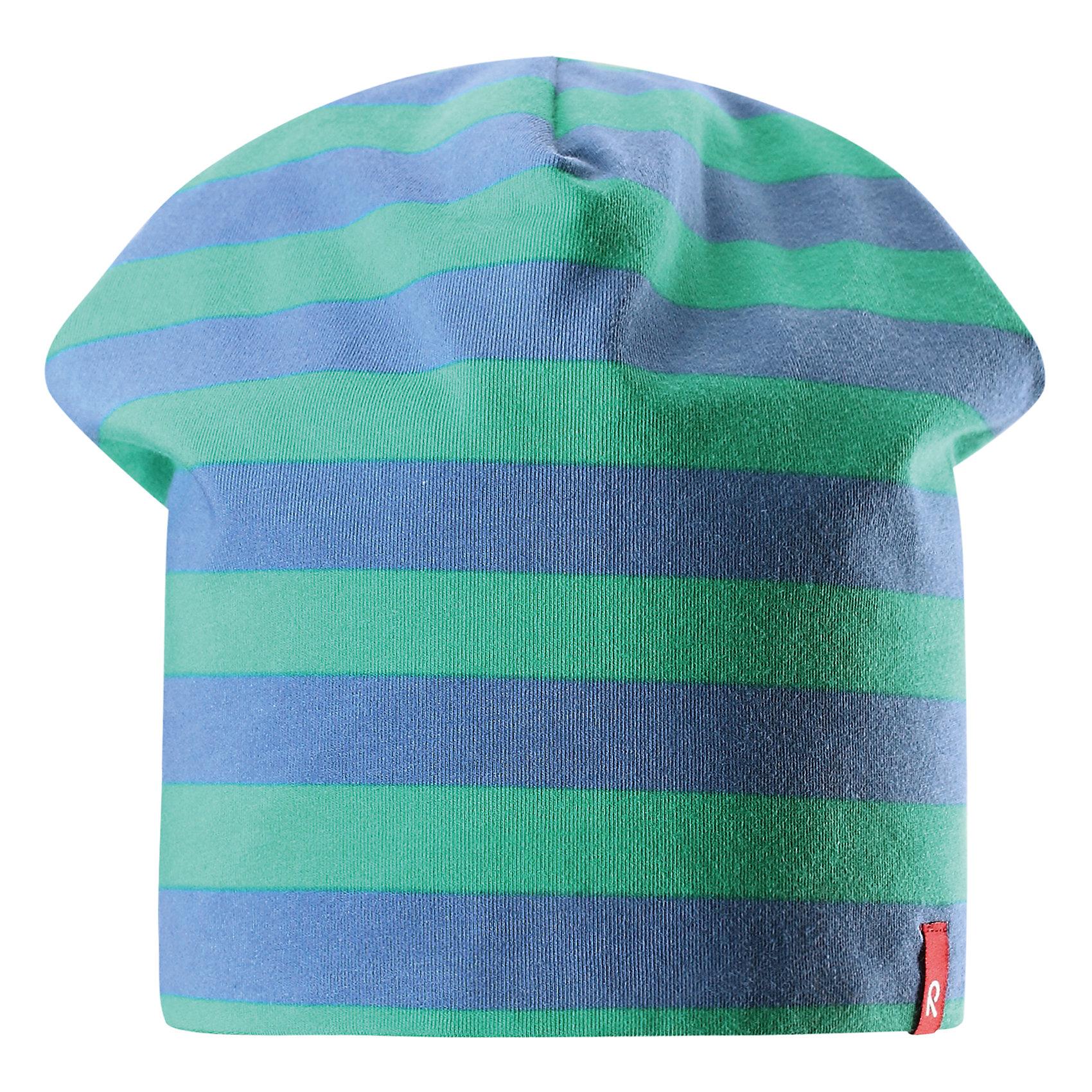 Шапка Frappe для мальчика ReimaШапки и шарфы<br>Характеристики товара:<br><br>• цвет: зеленый/синий<br>• быстросохнущий материал<br>• состав: 65% хлопок, 30% полиэстер, 5% эластан<br>• температурный режим: от +5°до +15°С<br>• эластичный материал<br>• сплошная подкладка: влаговыводящий трикотаж<br>• двухсторонняя<br>• отводящий влагу материал Play Jersey<br>• декоративный логотип<br>• фактор защиты от ультрафиолета: 40+<br>• комфортная посадка<br>• страна производства: Китай<br>• страна бренда: Финляндия<br>• коллекция: весна-лето 2017<br><br>Детский головной убор может быть модным и удобным одновременно! Стильная шапка поможет обеспечить ребенку комфорт и дополнить наряд. Она отлично смотрится с различной одеждой. Шапка удобно сидит и аккуратно выглядит. Проста в уходе, долго служит. Стильный дизайн разрабатывался специально для детей. Отличная защита от солнца!<br><br>Одежда и обувь от финского бренда Reima пользуется популярностью во многих странах. Эти изделия стильные, качественные и удобные. Для производства продукции используются только безопасные, проверенные материалы и фурнитура. Порадуйте ребенка модными и красивыми вещами от Reima! <br><br>Шапку для мальчика от финского бренда Reima (Рейма) можно купить в нашем интернет-магазине.<br><br>Ширина мм: 89<br>Глубина мм: 117<br>Высота мм: 44<br>Вес г: 155<br>Цвет: зеленый<br>Возраст от месяцев: 18<br>Возраст до месяцев: 36<br>Пол: Мужской<br>Возраст: Детский<br>Размер: 50,54<br>SKU: 5267895