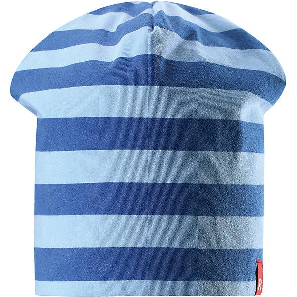 Шапка Frappe ReimaШапки и шарфы<br>Характеристики товара:<br><br>• цвет: голубой/синий<br>• быстросохнущий материал<br>• состав: 65% хлопок, 30% полиэстер, 5% эластан<br>• температурный режим: от +5°до +15°С<br>• эластичный материал<br>• сплошная подкладка: влаговыводящий трикотаж<br>• двухсторонняя<br>• отводящий влагу материал Play Jersey<br>• декоративный логотип<br>• фактор защиты от ультрафиолета: 40+<br>• комфортная посадка<br>• страна производства: Китай<br>• страна бренда: Финляндия<br>• коллекция: весна-лето 2017<br><br>Детский головной убор может быть модным и удобным одновременно! Стильная шапка поможет обеспечить ребенку комфорт и дополнить наряд. Она отлично смотрится с различной одеждой. Шапка удобно сидит и аккуратно выглядит. Проста в уходе, долго служит. Стильный дизайн разрабатывался специально для детей. Отличная защита от солнца!<br><br>Одежда и обувь от финского бренда Reima пользуется популярностью во многих странах. Эти изделия стильные, качественные и удобные. Для производства продукции используются только безопасные, проверенные материалы и фурнитура. Порадуйте ребенка модными и красивыми вещами от Reima! <br><br>Шапку для мальчика от финского бренда Reima (Рейма) можно купить в нашем интернет-магазине.<br><br>Ширина мм: 89<br>Глубина мм: 117<br>Высота мм: 44<br>Вес г: 155<br>Цвет: синий<br>Возраст от месяцев: 18<br>Возраст до месяцев: 36<br>Пол: Мужской<br>Возраст: Детский<br>Размер: 50,54<br>SKU: 5267910