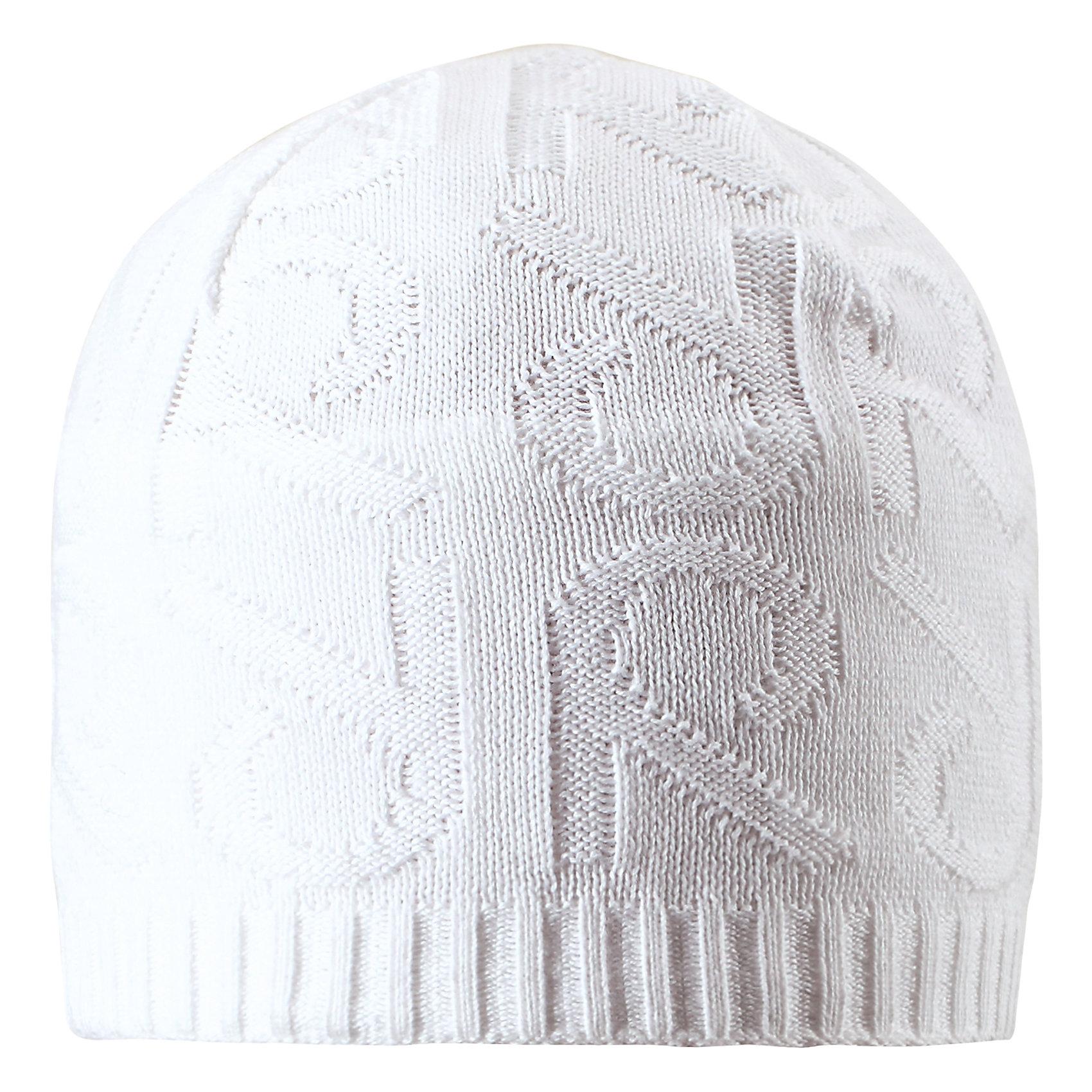 Шапка Ankkuri ReimaШапки и шарфы<br>Характеристики товара:<br><br>• цвет: белый<br>• состав: 100% хлопок<br>• температурный режим: от +7С<br>• эластичный хлопковый трикотаж<br>• изделие сертифицированно по стандарту Oeko-Tex на продукцию класса 2 - одежда, контактирующая с кожей<br>• ветронепроницаемые вставки в области ушей<br>• полуподкладка: хлопковый трикотаж<br>• эмблема Reima сзади<br>• декортивная структурная вязка<br>• светоотражающая эмблема сзади<br>• страна бренда: Финляндия<br>• страна производства: Китай<br><br>Детский головной убор может быть модным и удобным одновременно! Стильная шапка поможет обеспечить ребенку комфорт и дополнить наряд.Шапка удобно сидит и аккуратно выглядит. Проста в уходе, долго служит. Стильный дизайн разрабатывался специально для детей. Отличная защита от дождя и ветра!<br><br>Уход:<br><br>• стирать по отдельности, вывернув наизнанку<br>• придать первоначальную форму вo влажном виде<br>• возможна усадка 5 %.<br><br>Шапку от финского бренда Reima (Рейма) можно купить в нашем интернет-магазине.<br><br>Ширина мм: 89<br>Глубина мм: 117<br>Высота мм: 44<br>Вес г: 155<br>Цвет: белый<br>Возраст от месяцев: 24<br>Возраст до месяцев: 60<br>Пол: Унисекс<br>Возраст: Детский<br>Размер: 52,56,54,50<br>SKU: 5267950