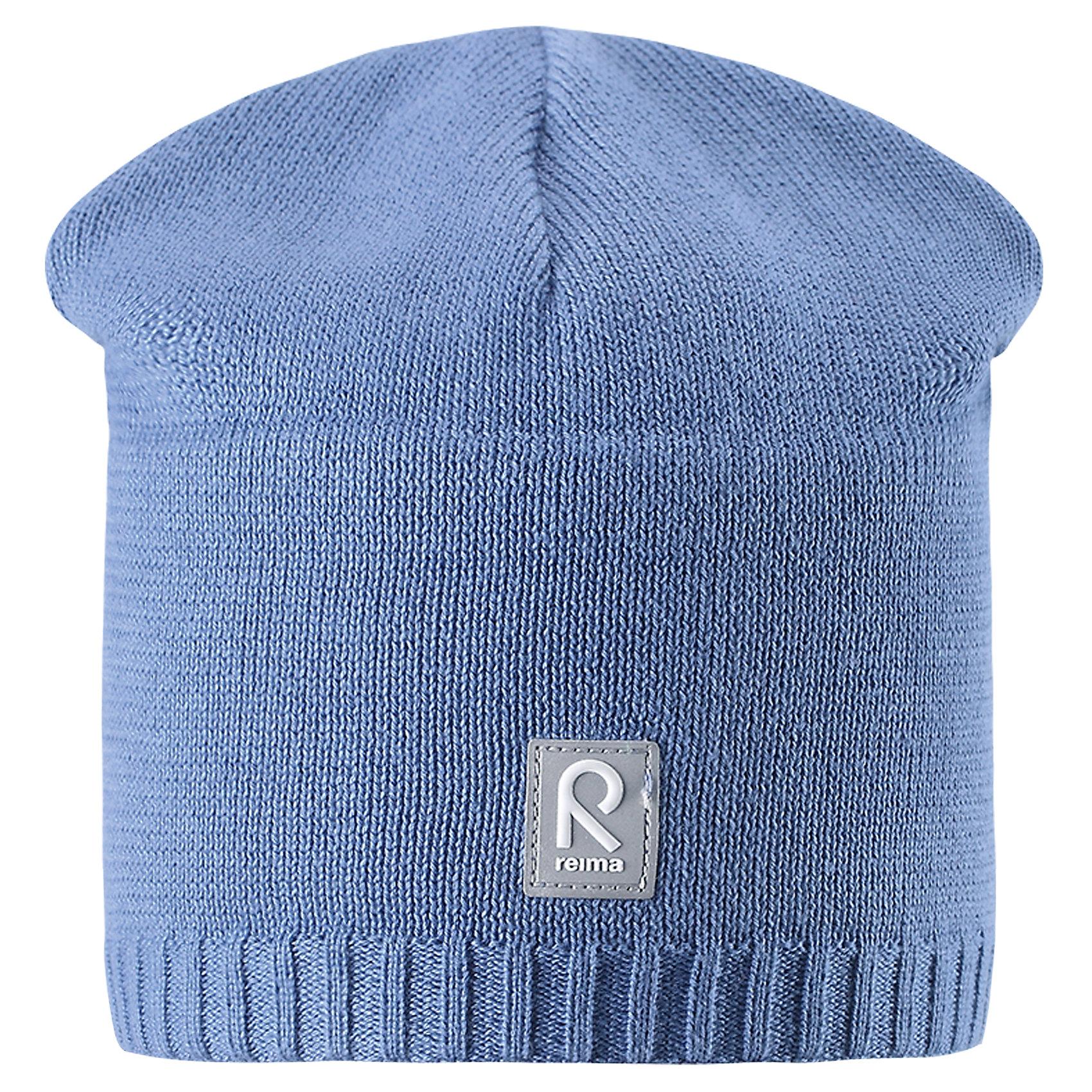 Шапка Datoline ReimaШапки и шарфы<br>Характеристики товара:<br><br>• цвет: голубой<br>• состав: 100% хлопок<br>• температурный режим: от +7С<br>• эластичный хлопковый трикотаж<br>• изделие сертифицированно по стандарту Oeko-Tex на продукцию класса 2 - одежда, контактирующая с кожей<br>• ветронепроницаемые вставки в области ушей<br>• полуподкладка: хлопковый трикотаж<br>• эмблема Reima спереди<br>• светоотражающая эмблема спереди<br>• страна бренда: Финляндия<br>• страна производства: Китай<br><br>Детский головной убор может быть модным и удобным одновременно! Стильная шапка поможет обеспечить ребенку комфорт и дополнить наряд.Шапка удобно сидит и аккуратно выглядит. Проста в уходе, долго служит. Стильный дизайн разрабатывался специально для детей. Отличная защита от дождя и ветра!<br><br>Уход:<br><br>• стирать по отдельности, вывернув наизнанку<br>• придать первоначальную форму вo влажном виде<br>• возможна усадка 5 %.<br><br>Шапку от финского бренда Reima (Рейма) можно купить в нашем интернет-магазине.<br><br>Ширина мм: 89<br>Глубина мм: 117<br>Высота мм: 44<br>Вес г: 155<br>Цвет: синий<br>Возраст от месяцев: 24<br>Возраст до месяцев: 60<br>Пол: Унисекс<br>Возраст: Детский<br>Размер: 52,56,50,54<br>SKU: 5267965