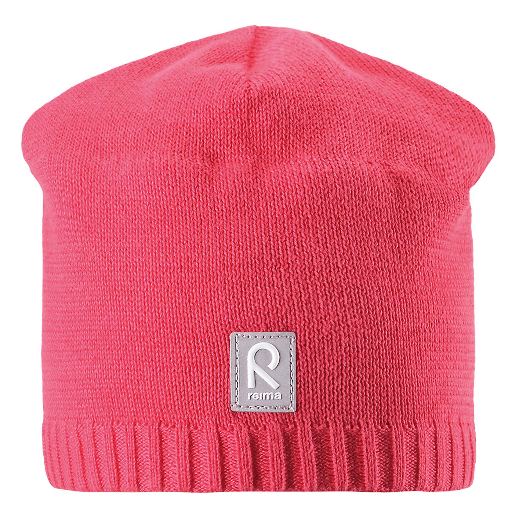 Шапка Datoline для девочки ReimaШапки и шарфы<br>Характеристики товара:<br><br>• цвет: розовый<br>• состав: 100% хлопок<br>• температурный режим: от +7С<br>• эластичный хлопковый трикотаж<br>• изделие сертифицированно по стандарту Oeko-Tex на продукцию класса 2 - одежда, контактирующая с кожей<br>• ветронепроницаемые вставки в области ушей<br>• полуподкладка: хлопковый трикотаж<br>• эмблема Reima спереди<br>• светоотражающая эмблема спереди<br>• страна бренда: Финляндия<br>• страна производства: Китай<br><br>Детский головной убор может быть модным и удобным одновременно! Стильная шапка поможет обеспечить ребенку комфорт и дополнить наряд.Шапка удобно сидит и аккуратно выглядит. Проста в уходе, долго служит. Стильный дизайн разрабатывался специально для детей. Отличная защита от дождя и ветра!<br><br>Уход:<br><br>• стирать по отдельности, вывернув наизнанку<br>• придать первоначальную форму вo влажном виде<br>• возможна усадка 5 %.<br><br>Шапку от финского бренда Reima (Рейма) можно купить в нашем интернет-магазине.<br><br>Ширина мм: 89<br>Глубина мм: 117<br>Высота мм: 44<br>Вес г: 155<br>Цвет: розовый<br>Возраст от месяцев: 18<br>Возраст до месяцев: 36<br>Пол: Женский<br>Возраст: Детский<br>Размер: 50,56,54,52<br>SKU: 5267975