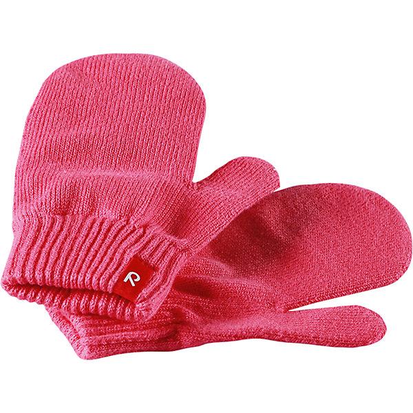 Варежки Klistra для девочки ReimaПерчатки и варежки<br>Характеристики товара:<br><br>• цвет: розовый<br>• состав: 90% хлопок, 9% ПЭ, 1% эластан<br>• температурный режим: от +5°до +10°С<br>• эластичный материал<br>• без подкладки<br>• удобные манжеты на резинке<br>• логотип<br>• страна производства: Китай<br>• страна бренда: Финляндия<br>• коллекция: весна-лето 2017<br><br><br>Reima представляет новые варежки для детей. Они помогут обеспечить ребенку комфорт и дополнить наряд. Варежки отлично смотрятся с различной одеждой. Изделия удобно сидят и модно выглядят, в их основе мягкий материал с высоким содержанием хлопка. Просты в уходе, долго служат. Стильный дизайн разрабатывался специально для детей.<br><br>Одежда и обувь от финского бренда Reima пользуется популярностью во многих странах. Эти изделия стильные, качественные и удобные. Для производства продукции используются только безопасные, проверенные материалы и фурнитура. Порадуйте ребенка модными и красивыми вещами от Reima! <br><br>Варежки для мальчика от финского бренда Reima (Рейма) можно купить в нашем интернет-магазине.<br><br>Ширина мм: 162<br>Глубина мм: 171<br>Высота мм: 55<br>Вес г: 119<br>Цвет: розовый<br>Возраст от месяцев: 120<br>Возраст до месяцев: 144<br>Пол: Женский<br>Возраст: Детский<br>Размер: 7,1,3,5<br>SKU: 5268044