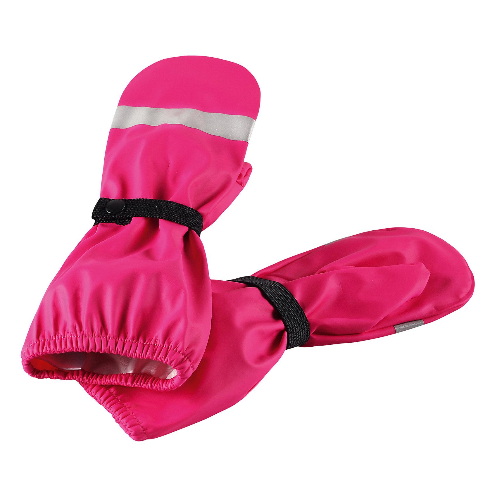 Непромокаемые варежки Kura для девочки ReimaПерчатки и варежки<br>Характеристики товара:<br><br>• цвет: розовый<br>• состав: 100% полиэстер, полиуретановое покрытие<br>• температурный режим: от +10°до +20°С<br>• водонепроницаемость: 10000 мм<br>• водонепроницаемый материал с запаянными швами<br>• светоотражающие детали<br>• эластичный материал<br>• без подкладки<br>• страна производства: Китай<br>• страна бренда: Финляндия<br>• коллекция: весна-лето 2017<br><br>Reima представляет новые варежки для детей. Они помогут обеспечить ребенку комфорт и дополнить наряд. Варежки отлично смотрятся с различной одеждой. Изделия удобно сидят и модно выглядят, в их основе - водонепроницаемый материал. Просты в уходе, долго служат. Стильный дизайн разрабатывался специально для детей.<br><br>Одежда и обувь от финского бренда Reima пользуется популярностью во многих странах. Эти изделия стильные, качественные и удобные. Для производства продукции используются только безопасные, проверенные материалы и фурнитура. Порадуйте ребенка модными и красивыми вещами от Reima! <br><br>Варежки от финского бренда Reima (Рейма) можно купить в нашем интернет-магазине.<br><br>Ширина мм: 162<br>Глубина мм: 171<br>Высота мм: 55<br>Вес г: 119<br>Цвет: розовый<br>Возраст от месяцев: 24<br>Возраст до месяцев: 48<br>Пол: Женский<br>Возраст: Детский<br>Размер: 3,4,5,1,2<br>SKU: 5268086