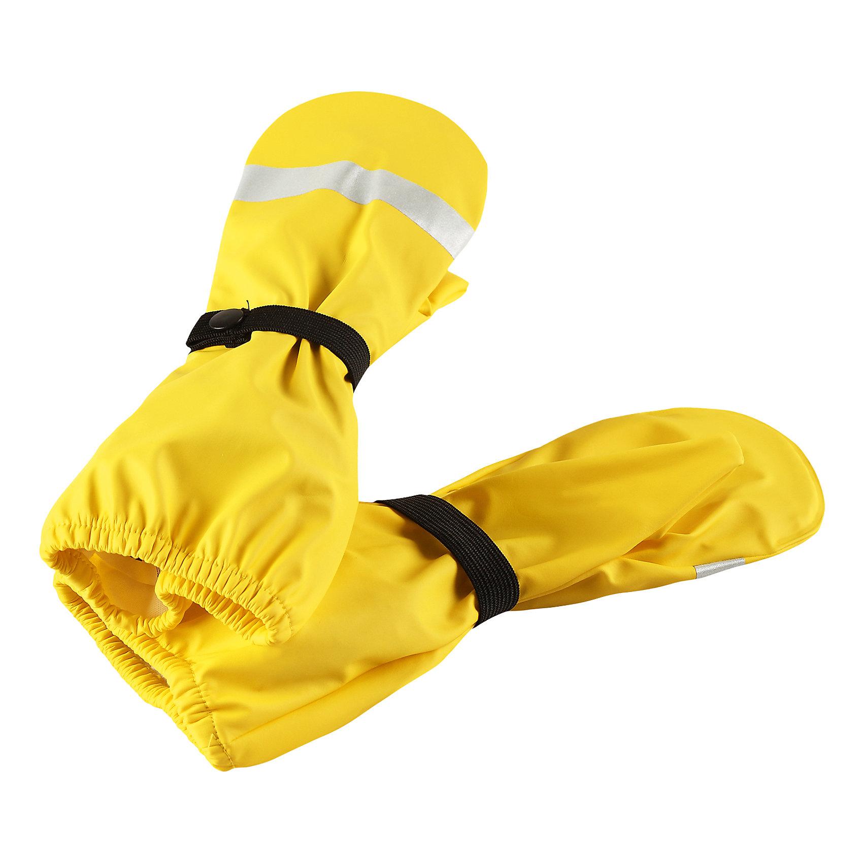 Непромокаемые варежки Kura ReimaПерчатки и варежки<br>Характеристики товара:<br><br>• цвет: желтый<br>• состав: 100% полиэстер, полиуретановое покрытие<br>• температурный режим: от +10°до +20°С<br>• водонепроницаемость: 10000 мм<br>• водонепроницаемый материал с запаянными швами<br>• светоотражающие детали<br>• эластичный материал<br>• без подкладки<br>• страна производства: Китай<br>• страна бренда: Финляндия<br>• коллекция: весна-лето 2017<br><br>Reima представляет новые варежки для детей. Они помогут обеспечить ребенку комфорт и дополнить наряд. Варежки отлично смотрятся с различной одеждой. Изделия удобно сидят и модно выглядят, в их основе - водонепроницаемый материал. Просты в уходе, долго служат. Стильный дизайн разрабатывался специально для детей.<br><br>Одежда и обувь от финского бренда Reima пользуется популярностью во многих странах. Эти изделия стильные, качественные и удобные. Для производства продукции используются только безопасные, проверенные материалы и фурнитура. Порадуйте ребенка модными и красивыми вещами от Reima! <br><br>Варежки от финского бренда Reima (Рейма) можно купить в нашем интернет-магазине.<br><br>Ширина мм: 162<br>Глубина мм: 171<br>Высота мм: 55<br>Вес г: 119<br>Цвет: желтый<br>Возраст от месяцев: 72<br>Возраст до месяцев: 96<br>Пол: Унисекс<br>Возраст: Детский<br>Размер: 5,1,2,3,4<br>SKU: 5268091
