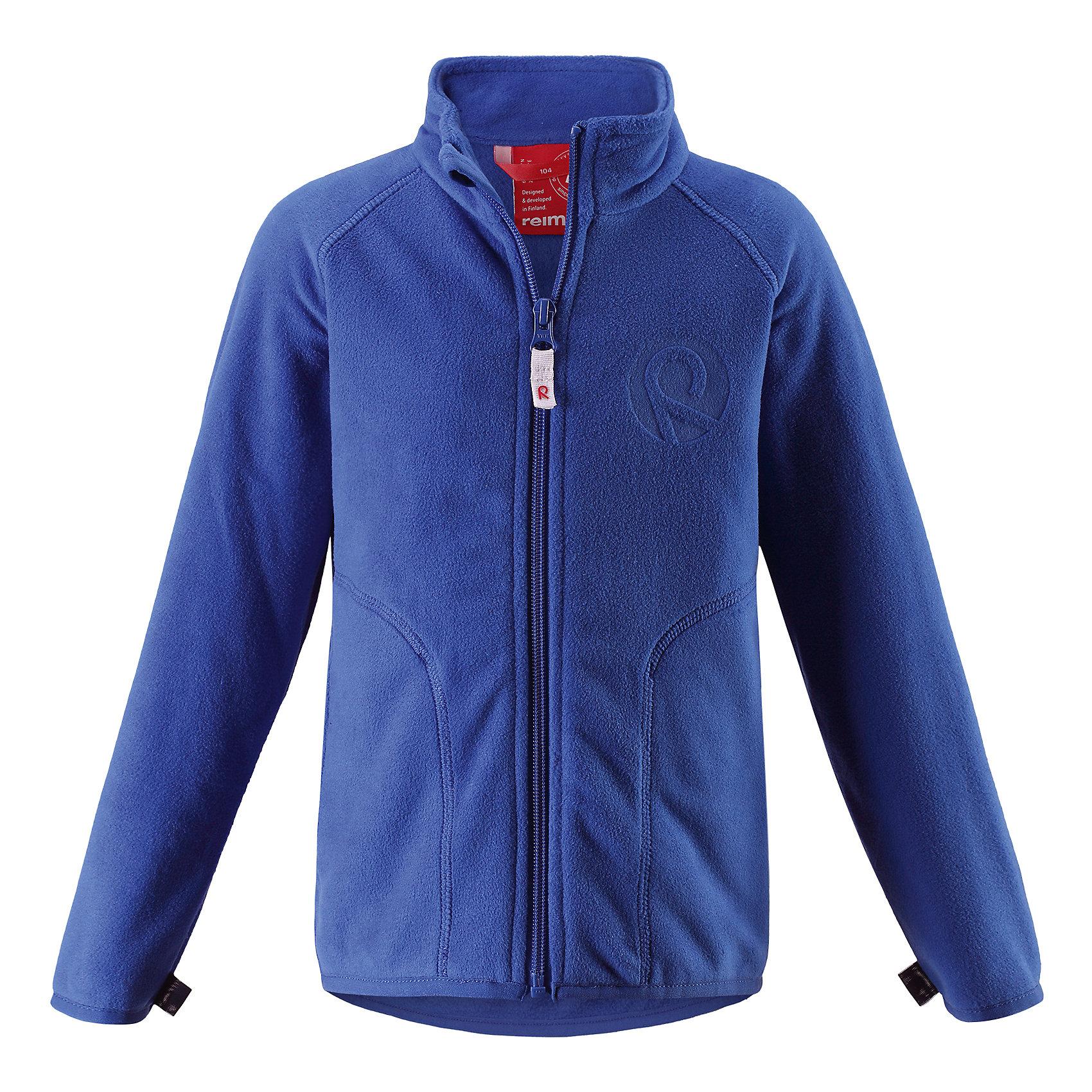 Куртка флисовая Inrun для мальчика ReimaОдежда<br>Характеристики товара:<br><br>• цвет: синий<br>• состав: 100% полиэстер<br>• поларфлис<br>• аппликация<br>• молния<br>• защита подбородка<br>• приятная на ощупь ткань<br>• карманы<br>• может пристегиваться к верхней одежде Reima® кнопками Play Layers®<br>• эластичные манжеты и подол<br>• удлиненная сзади<br>• комфортная посадка<br>• страна производства: Китай<br>• страна бренда: Финляндия<br>• коллекция: весна-лето 2017<br><br>Одежда для детей может быть модной и комфортной одновременно! Удобная курточка поможет обеспечить ребенку комфорт и тепло. Изделие сшито из поларфлис - мягкого и теплого материала, приятного на ощупь. Модель стильно смотрится, отлично сочетается с различным низом. Стильный дизайн разрабатывался специально для детей.<br><br>Одежда и обувь от финского бренда Reima пользуется популярностью во многих странах. Эти изделия стильные, качественные и удобные. Для производства продукции используются только безопасные, проверенные материалы и фурнитура. Порадуйте ребенка модными и красивыми вещами от Reima! <br><br>Куртку флисовую для мальчика от финского бренда Reima (Рейма) можно купить в нашем интернет-магазине.<br><br>Ширина мм: 356<br>Глубина мм: 10<br>Высота мм: 245<br>Вес г: 519<br>Цвет: синий<br>Возраст от месяцев: 24<br>Возраст до месяцев: 36<br>Пол: Мужской<br>Возраст: Детский<br>Размер: 98,92,140,134,128,122,116,110,104<br>SKU: 5268126