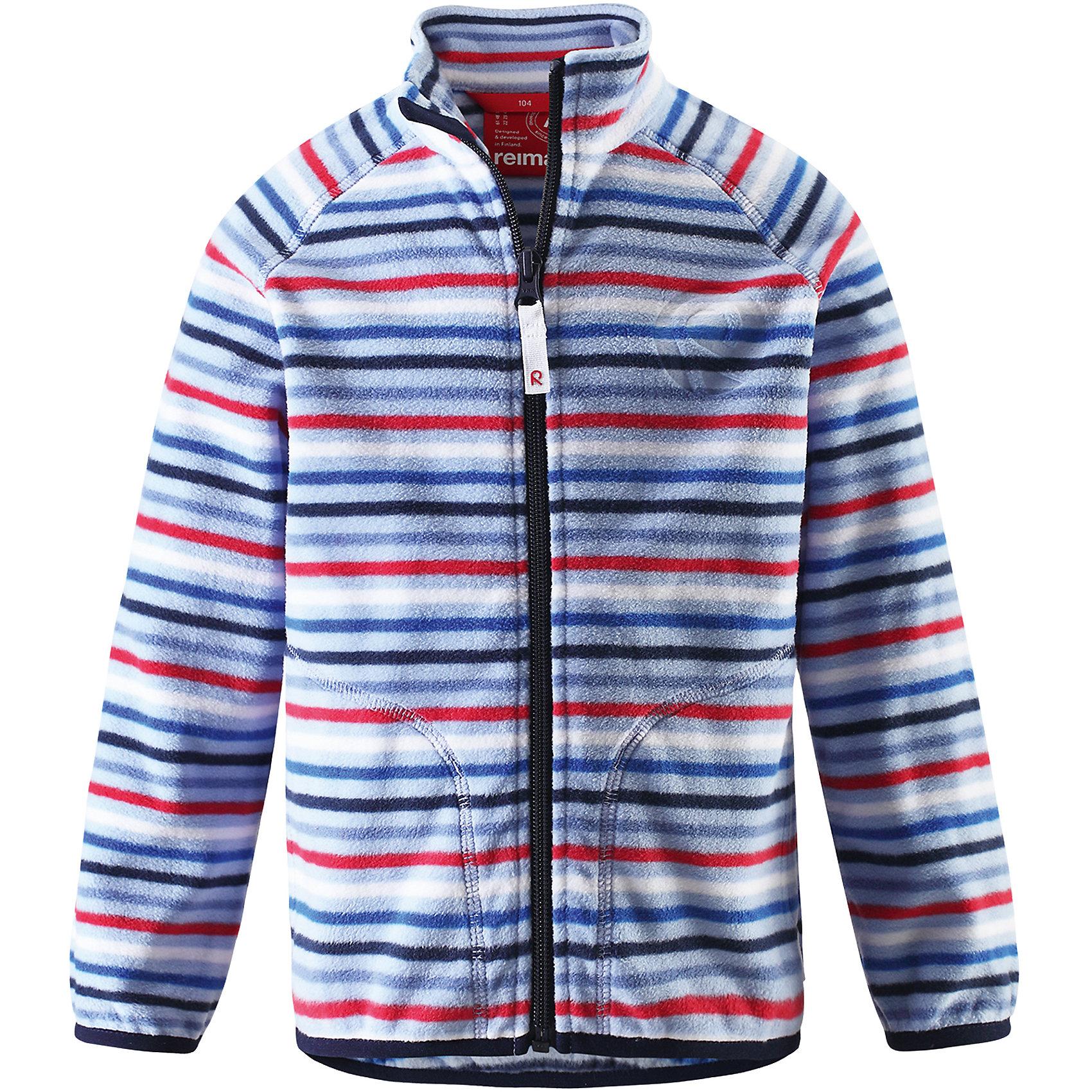 Куртка флисовая Inrun ReimaФлис и термобелье<br>Характеристики товара:<br><br>• цвет: голубой<br>• состав: 100% полиэстер<br>• поларфлис<br>• аппликация<br>• молния<br>• защита подбородка<br>• приятная на ощупь ткань<br>• карманы<br>• может пристегиваться к верхней одежде Reima® кнопками Play Layers®<br>• эластичные манжеты и подол<br>• удлиненная сзади<br>• комфортная посадка<br>• страна производства: Китай<br>• страна бренда: Финляндия<br>• коллекция: весна-лето 2017<br><br>Одежда для детей может быть модной и комфортной одновременно! Удобная курточка поможет обеспечить ребенку комфорт и тепло. Изделие сшито из поларфлис - мягкого и теплого материала, приятного на ощупь. Модель стильно смотрится, отлично сочетается с различным низом. Стильный дизайн разрабатывался специально для детей.<br><br>Одежда и обувь от финского бренда Reima пользуется популярностью во многих странах. Эти изделия стильные, качественные и удобные. Для производства продукции используются только безопасные, проверенные материалы и фурнитура. Порадуйте ребенка модными и красивыми вещами от Reima! <br><br>Куртку флисовую для мальчика от финского бренда Reima (Рейма) можно купить в нашем интернет-магазине.<br><br>Ширина мм: 356<br>Глубина мм: 10<br>Высота мм: 245<br>Вес г: 519<br>Цвет: синий<br>Возраст от месяцев: 18<br>Возраст до месяцев: 24<br>Пол: Унисекс<br>Возраст: Детский<br>Размер: 92,140,98,104,110,116,122,128,134<br>SKU: 5268136