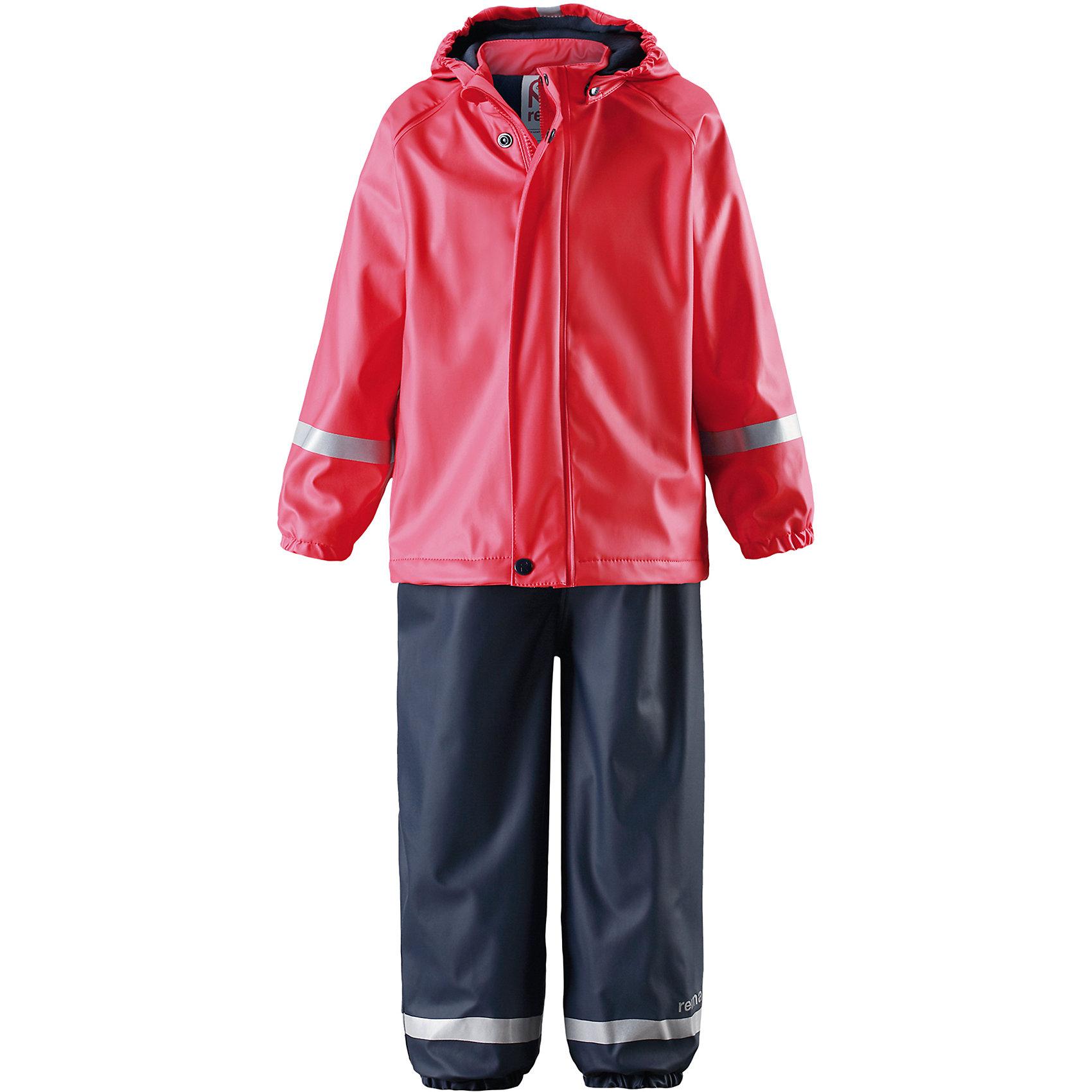 Комплект: куртка и брюки для девочки ReimaКомплект: куртка и брюки для девочки от финского бренда Reima.<br>Комплект для дождливой погоды для детей. Запаянные швы, не пропускающие влагу. Эластичный материал. Без ПХВ. Мягкая теплая подкладка из флиса. Безопасный, съемный капюшон. Эластичная резинка на кромке капюшона. Эластичные манжеты. Эластичная талия. Эластичные штанины. Съемные эластичные штрипки. Молния спереди.<br>Состав:<br>100% Полиэстер, полиуретановое покрытие<br><br>Уход:<br>Стирать по отдельности, вывернув наизнанку. Застегнуть молнии и липучки. Стирать моющим средством, не содержащим отбеливающие вещества. Полоскать без специального средства. Во избежание изменения цвета изделие необходимо вынуть из стиральной машинки незамедлительно после окончания программы стирки. Сушить при низкой температуре.<br><br>Ширина мм: 356<br>Глубина мм: 10<br>Высота мм: 245<br>Вес г: 519<br>Цвет: красный<br>Возраст от месяцев: 84<br>Возраст до месяцев: 96<br>Пол: Женский<br>Возраст: Детский<br>Размер: 86,110,116,122,104,98,92,128<br>SKU: 5268207
