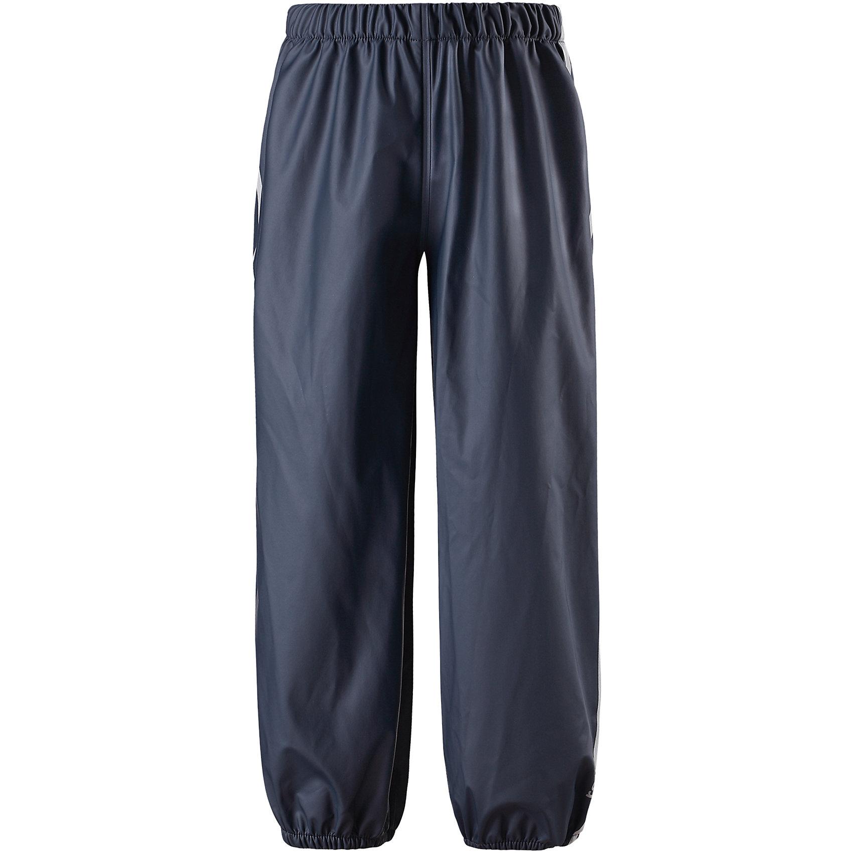 Непромокаемые брюки Oja ReimaОдежда<br>Характеристики товара:<br><br>• цвет: темно-синий<br>• состав: 100% полиэстер, полиуретановое покрытие<br>• температурный режим: от +10°до +20°С<br>• водонепроницаемость: 10000 мм<br>• без утеплителя<br>• эластичный материал<br>• водонепроницаемый материал с запаянными швами<br>• не содержит ПВХ<br>• эластичная талия<br>• эластичные манжеты на брючинах<br>• комфортная посадка<br>• съемные штрипки в размерах от 104 до 128 см<br>• светоотражающие детали<br>• страна производства: Китай<br>• страна бренда: Финляндия<br>• коллекция: весна-лето 2017<br><br>Демисезонные брюки помогут обеспечить ребенку комфорт и тепло. Они отлично смотрятся с различным верхом. Изделие удобно сидит и модно выглядит. Материал отлично подходит для дождливой погоды. Стильный дизайн разрабатывался специально для детей.<br><br>Обувь и одежда от финского бренда Reima пользуются популярностью во многих странах. Они стильные, качественные и удобные. Для производства продукции используются только безопасные, проверенные материалы и фурнитура. Порадуйте ребенка модными и красивыми вещами от Lassie®! <br><br>Брюки от финского бренда Reima (Рейма) можно купить в нашем интернет-магазине.<br><br>Ширина мм: 215<br>Глубина мм: 88<br>Высота мм: 191<br>Вес г: 336<br>Цвет: темно-синий<br>Возраст от месяцев: 96<br>Возраст до месяцев: 108<br>Пол: Унисекс<br>Возраст: Детский<br>Размер: 134,140,104,110,116,122,128<br>SKU: 5268234