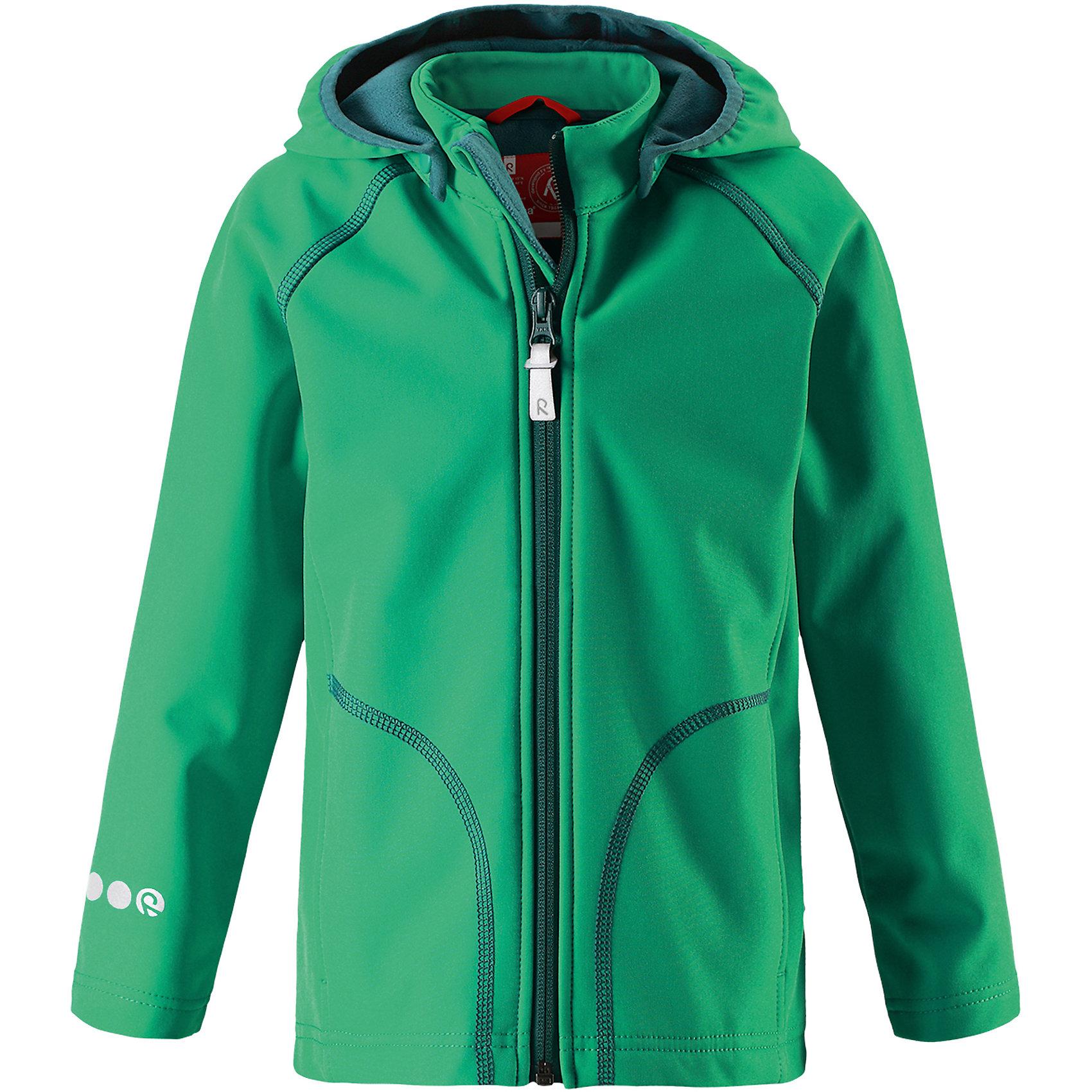 Куртка Vanti ReimaХарактеристики товара:<br><br>• цвет: зеленый<br>• состав: 95% полиэстер, 5% эластан, полиуретановое покрытие<br>• температурный режим: от +5°до +15°С<br>• многослойный материал, с изнаночной стороны - флис<br>• водонепроницаемый материал softshell<br>• ветронепроницаемый дышащий материал<br>• безопасный съемный капюшон<br>• два боковых кармана<br>• без утеплителя<br>• молния<br>• комфортная посадка<br>• страна производства: Китай<br>• страна бренда: Финляндия<br>• коллекция: весна-лето 2017<br><br>Верхняя одежда для детей может быть модной и комфортной одновременно! Демисезонная куртка поможет обеспечить ребенку комфорт и тепло. Она отлично смотрится с различной одеждой и обувью. Изделие удобно сидит и модно выглядит. Материал - прочный, хорошо подходящий для межсезонья. Стильный дизайн разрабатывался специально для детей.<br><br>Одежда и обувь от финского бренда Reima пользуется популярностью во многих странах. Эти изделия стильные, качественные и удобные. Для производства продукции используются только безопасные, проверенные материалы и фурнитура. Порадуйте ребенка модными и красивыми вещами от Reima! <br><br>Куртку Reimatec® от финского бренда Reima (Рейма) можно купить в нашем интернет-магазине.<br><br>Ширина мм: 356<br>Глубина мм: 10<br>Высота мм: 245<br>Вес г: 519<br>Цвет: зеленый<br>Возраст от месяцев: 108<br>Возраст до месяцев: 120<br>Пол: Унисекс<br>Возраст: Детский<br>Размер: 140,128,104,110,116,122,134<br>SKU: 5268498