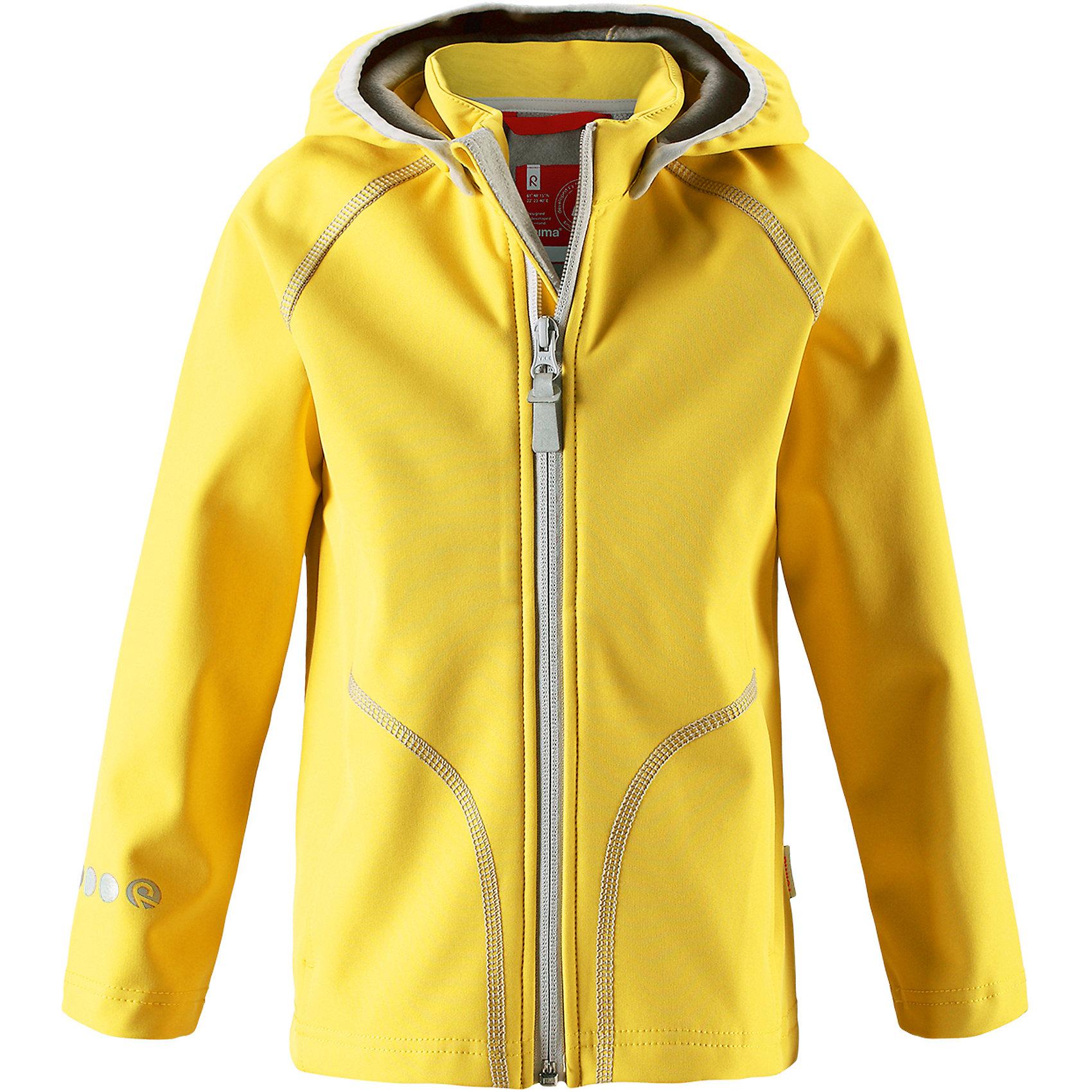 Куртка Vantti ReimaХарактеристики товара:<br><br>• цвет: желтый<br>• состав: 95% полиэстер, 5% эластан, полиуретановое покрытие<br>• температурный режим: от +5°до +15°С<br>• многослойный материал, с изнаночной стороны - флис<br>• водонепроницаемый материал softshell<br>• ветронепроницаемый дышащий материал<br>• безопасный съемный капюшон<br>• два боковых кармана<br>• без утеплителя<br>• молния<br>• комфортная посадка<br>• страна производства: Китай<br>• страна бренда: Финляндия<br>• коллекция: весна-лето 2017<br><br>Верхняя одежда для детей может быть модной и комфортной одновременно! Демисезонная куртка поможет обеспечить ребенку комфорт и тепло. Она отлично смотрится с различной одеждой и обувью. Изделие удобно сидит и модно выглядит. Материал - прочный, хорошо подходящий для межсезонья. Стильный дизайн разрабатывался специально для детей.<br><br>Одежда и обувь от финского бренда Reima пользуется популярностью во многих странах. Эти изделия стильные, качественные и удобные. Для производства продукции используются только безопасные, проверенные материалы и фурнитура. Порадуйте ребенка модными и красивыми вещами от Reima! <br><br>Куртку Reimatec® от финского бренда Reima (Рейма) можно купить в нашем интернет-магазине.<br><br>Ширина мм: 356<br>Глубина мм: 10<br>Высота мм: 245<br>Вес г: 519<br>Цвет: желтый<br>Возраст от месяцев: 108<br>Возраст до месяцев: 120<br>Пол: Унисекс<br>Возраст: Детский<br>Размер: 140,104,110,116,122,128,134<br>SKU: 5268522