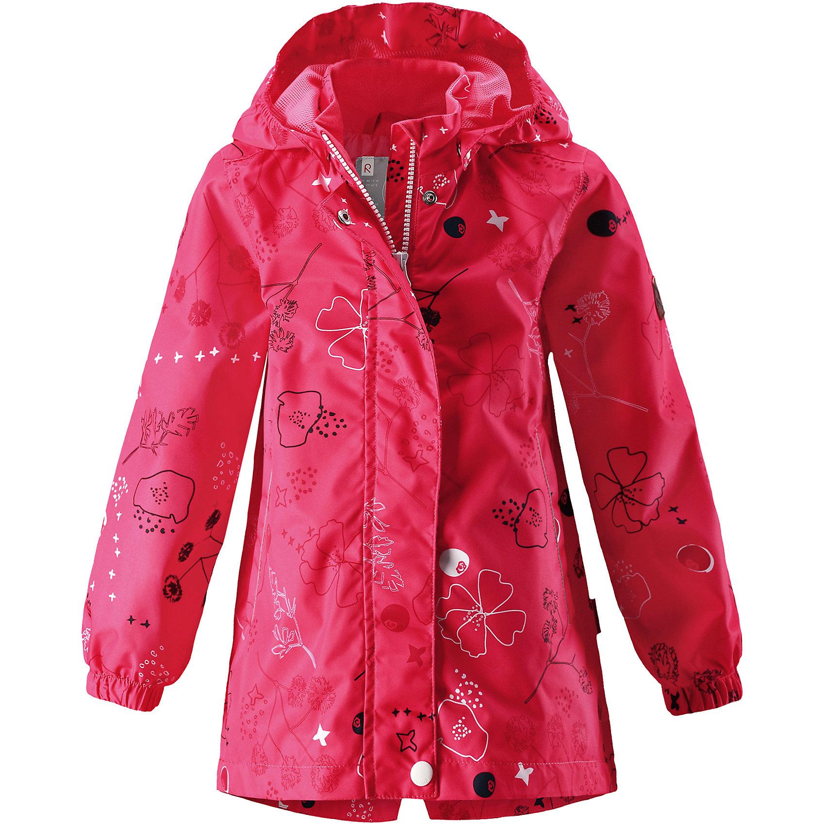 Куртка Kimalle для девочки Reimatec® ReimaОдежда<br>Характеристики товара:<br><br>• цвет: розовый<br>• состав: 100% полиэстер, полиуретановое покрытие<br>• температурный режим: от +5° до +15°С<br>• водонепроницаемость: 5000 мм<br>• воздухопроницаемость: 3000 мм<br>• износостойкость: 15000 циклов (тест Мартиндейла)<br>• без утеплителя<br>• основные швы проклеены, водонепроницаемы<br>• водо- и ветронепроницаемый, дышащий, грязеотталкивающий материал<br>• удлиненная модель<br>• гладкая подкладка из полиэстера<br>• эластичные манжеты<br>• безопасный съёмный капюшон<br>• талия регулируется изнутри<br>• два прорезных кармана<br>• светоотражающие детали<br>• комфортная посадка<br>• страна производства: Китай<br>• страна бренда: Финляндия<br>• коллекция: весна-лето 2017<br><br>В межсезонье верхняя одежда для детей может быть модной и комфортной одновременно! Демисезонная куртка поможет обеспечить ребенку комфорт и тепло. Она отлично смотрится с различной одеждой и обувью. Изделие удобно сидит и модно выглядит. Материал - прочный, хорошо подходящий для межсезонья, водо- и ветронепроницаемый, «дышащий». Стильный дизайн разрабатывался специально для детей.<br><br>Одежда и обувь от финского бренда Reima пользуется популярностью во многих странах. Эти изделия стильные, качественные и удобные. Для производства продукции используются только безопасные, проверенные материалы и фурнитура. Порадуйте ребенка модными и красивыми вещами от Reima! <br><br>Куртку для девочки Reimatec® от финского бренда Reima (Рейма) можно купить в нашем интернет-магазине.<br><br>Ширина мм: 356<br>Глубина мм: 10<br>Высота мм: 245<br>Вес г: 519<br>Цвет: розовый<br>Возраст от месяцев: 48<br>Возраст до месяцев: 60<br>Пол: Женский<br>Возраст: Детский<br>Размер: 110,128,140,146,104,152,134,116,122<br>SKU: 5270613