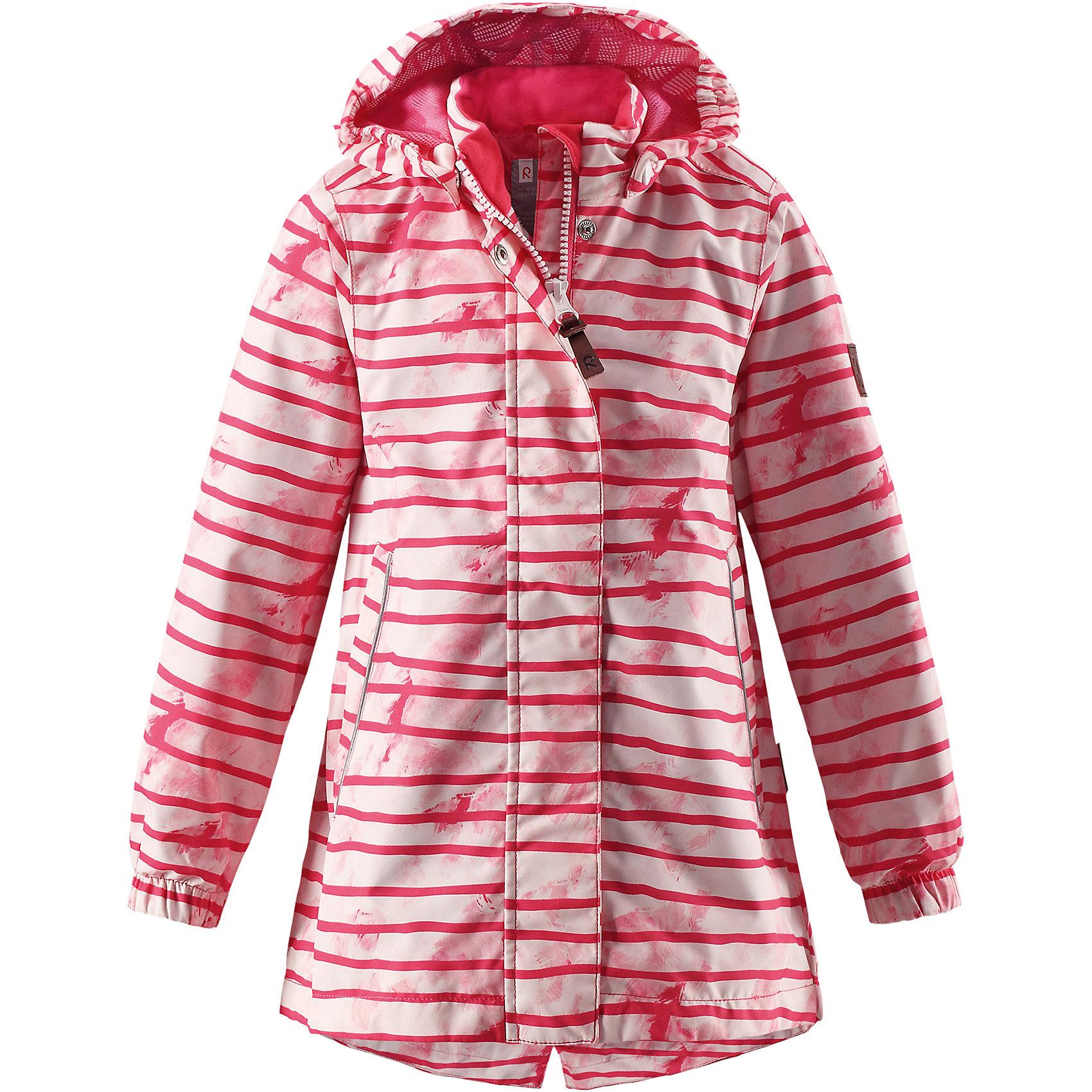 Куртка Kimalle для девочки Reimatec® ReimaОдежда<br>Характеристики товара:<br><br>• цвет: розовый<br>• состав: 100% полиэстер, полиуретановое покрытие<br>• температурный режим: от +5° до +15°С<br>• водонепроницаемость: 5000 мм<br>• воздухопроницаемость: 3000 мм<br>• износостойкость: 15000 циклов (тест Мартиндейла)<br>• без утеплителя<br>• основные швы проклеены, водонепроницаемы<br>• водо- и ветронепроницаемый, дышащий, грязеотталкивающий материал<br>• удлиненная модель<br>• гладкая подкладка из полиэстера<br>• эластичные манжеты<br>• безопасный съёмный капюшон<br>• талия регулируется изнутри<br>• два прорезных кармана<br>• светоотражающие детали<br>• комфортная посадка<br>• страна производства: Китай<br>• страна бренда: Финляндия<br>• коллекция: весна-лето 2017<br><br>В межсезонье верхняя одежда для детей может быть модной и комфортной одновременно! Демисезонная куртка поможет обеспечить ребенку комфорт и тепло. Она отлично смотрится с различной одеждой и обувью. Изделие удобно сидит и модно выглядит. Материал - прочный, хорошо подходящий для межсезонья, водо- и ветронепроницаемый, «дышащий». Стильный дизайн разрабатывался специально для детей.<br><br>Одежда и обувь от финского бренда Reima пользуется популярностью во многих странах. Эти изделия стильные, качественные и удобные. Для производства продукции используются только безопасные, проверенные материалы и фурнитура. Порадуйте ребенка модными и красивыми вещами от Reima! <br><br>Куртку для девочки Reimatec® от финского бренда Reima (Рейма) можно купить в нашем интернет-магазине.<br><br>Ширина мм: 356<br>Глубина мм: 10<br>Высота мм: 245<br>Вес г: 519<br>Цвет: розовый<br>Возраст от месяцев: 48<br>Возраст до месяцев: 60<br>Пол: Женский<br>Возраст: Детский<br>Размер: 110,128,134,140,116,152,122,146,104<br>SKU: 5270623