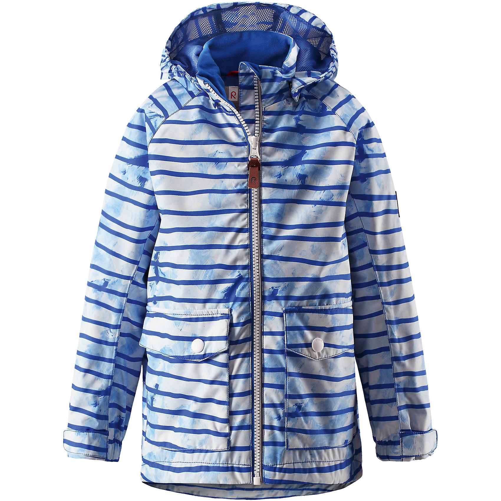 Куртка для мальчика Reimatec® ReimaОдежда<br>Характеристики товара:<br><br>• цвет: голубой<br>• состав: 100% полиэстер, полиуретановое покрытие<br>• температурный режим: от +5° до +15°С<br>• водонепроницаемость: 5000 мм<br>• воздухопроницаемость: 3000 мм<br>• износостойкость: 15000 циклов (тест Мартиндейла)<br>• без утеплителя<br>• основные швы проклеены, водонепроницаемы<br>• водоотталкивающий, ветронепроницаемый, дышащий и водонепроницаемый материал<br>• гладкая подкладка из полиэстера на туловище, подкладка из mesh-сетки на капюшоне<br>• безопасный съёмный капюшон<br>• регулируемые манжеты на застёжке-липучке<br>• регулируемый подол<br>• два кармана с клапанами<br>• светоотражающие детали<br>• комфортная посадка<br>• страна производства: Китай<br>• страна бренда: Финляндия<br>• коллекция: весна-лето 2017<br><br>В межсезонье верхняя одежда для детей может быть модной и комфортной одновременно! Демисезонная куртка поможет обеспечить ребенку комфорт и тепло. Она отлично смотрится с различной одеждой и обувью. Изделие удобно сидит и модно выглядит. Материал - прочный, хорошо подходящий для межсезонья, водо- и ветронепроницаемый, «дышащий». Стильный дизайн разрабатывался специально для детей.<br><br>Одежда и обувь от финского бренда Reima пользуется популярностью во многих странах. Эти изделия стильные, качественные и удобные. Для производства продукции используются только безопасные, проверенные материалы и фурнитура. Порадуйте ребенка модными и красивыми вещами от Reima! <br><br>Куртку для мальчика Reimatec® от финского бренда Reima (Рейма) можно купить в нашем интернет-магазине.<br><br>Ширина мм: 356<br>Глубина мм: 10<br>Высота мм: 245<br>Вес г: 519<br>Цвет: синий<br>Возраст от месяцев: 48<br>Возраст до месяцев: 60<br>Пол: Мужской<br>Возраст: Детский<br>Размер: 110,128,134,140,92,152,122,116,146,98,104<br>SKU: 5270657