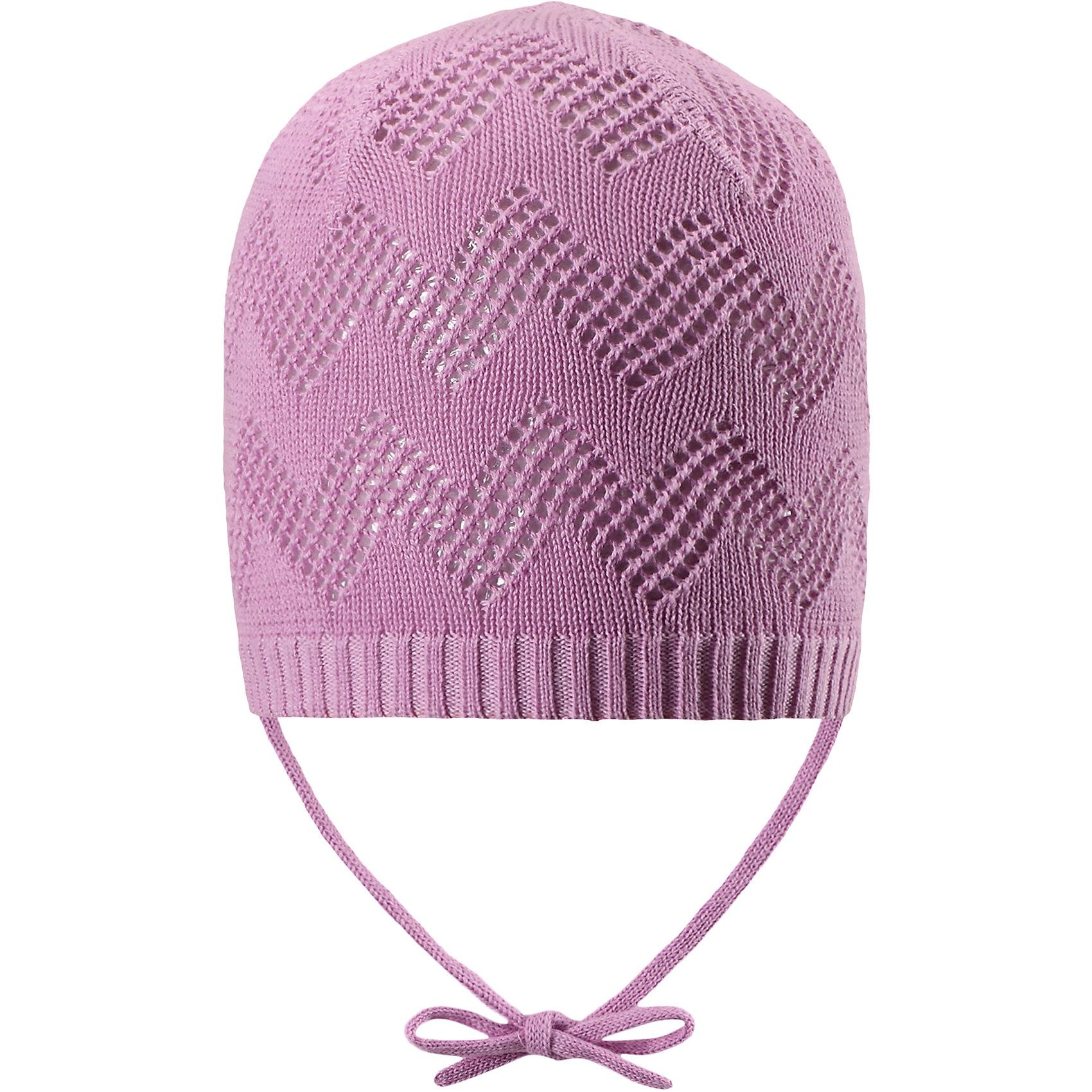 Шапка для девочки ReimaШапки и шарфы<br>Характеристики товара:<br><br>• цвет: сиреневый<br>• состав: 100% хлопок<br>• облегчённая модель без подкладки<br>• температурный режим: от +10С<br>• эластичный хлопковый трикотаж<br>• изделие сертифицированно по стандарту Oeko-Tex на продукцию класса 1 - одежда для новорождённых<br>• завязки во всех размерах<br>• эмблема Reima сзади<br>• ажурный узор<br>• страна бренда: Финляндия<br>• страна производства: Китай<br><br>Детский головной убор может быть модным и удобным одновременно! Стильная шапка поможет обеспечить ребенку комфорт и дополнить наряд. Шапка удобно сидит и аккуратно выглядит. Проста в уходе, долго служит. Стильный дизайн разрабатывался специально для детей. Отличная защита от дождя и ветра!<br><br>Уход:<br><br>• стирать по отдельности, вывернув наизнанку<br>• придать первоначальную форму вo влажном виде<br>• возможна усадка 5 %.<br><br>Шапку для девочки от финского бренда Reima (Рейма) можно купить в нашем интернет-магазине.<br><br>Ширина мм: 89<br>Глубина мм: 117<br>Высота мм: 44<br>Вес г: 155<br>Цвет: розовый<br>Возраст от месяцев: 6<br>Возраст до месяцев: 9<br>Пол: Женский<br>Возраст: Детский<br>Размер: 46,48,50,52<br>SKU: 5270921