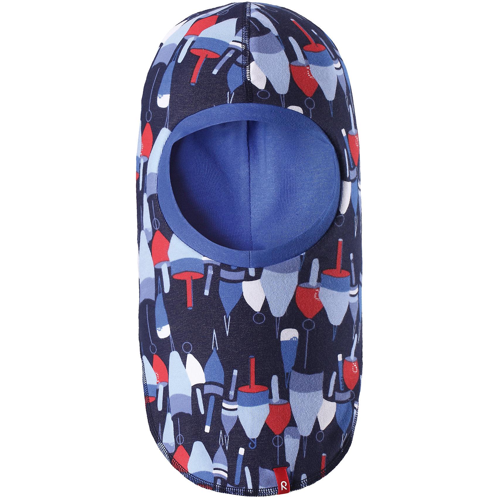 Шапка-шлем Kuunari ReimaШапки и шарфы<br>Характеристики товара:<br><br>• цвет: тёмно-синий<br>• состав: 65% хлопок, 30% полиэстер, 5% эластан<br>• сплошная подкладка: влаговыводящий трикотаж Play Jersey<br>• температурный режим: от -5С до +10С<br>• двухсторонняя модель<br>• эластичный материал<br>• быстросохнущий, очень приятный на ощупь материал Play Jersey<br>• приятная на ощупь хлопковая поверхность<br>• влагоотводящая изнаночная сторона<br>• УФ-защита 40+<br>• эмблема Reima<br>• страна бренда: Финляндия<br>• страна производства: Китай<br><br>Эта модель - двусторонняя: вывернув её, получаем еще одну шапку другой расцветки! Детский головной убор может быть модным и удобным одновременно. Стильная шапка поможет обеспечить ребенку комфорт и дополнить наряд. Шапка удобно сидит и аккуратно выглядит. Проста в уходе, долго служит. Стильный дизайн разрабатывался специально для детей. Отличная защита от дождя и ветра!<br><br>Уход:<br><br>• сирать с бельем одинакового цвета, вывернув наизнанку<br>• полоскать без специального средства<br>• придать первоначальную форму вo влажном виде.<br><br>Шапку от финского бренда Reima (Рейма) можно купить в нашем интернет-магазине.<br><br>Ширина мм: 89<br>Глубина мм: 117<br>Высота мм: 44<br>Вес г: 155<br>Цвет: синий<br>Возраст от месяцев: 18<br>Возраст до месяцев: 36<br>Пол: Унисекс<br>Возраст: Детский<br>Размер: 50,54,46<br>SKU: 5270976