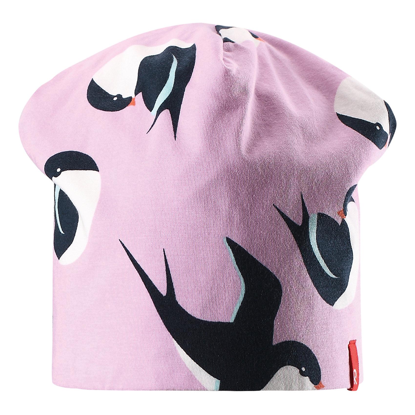 Шапка Karppi для девочки ReimaШапки и шарфы<br>Характеристики товара:<br><br>• цвет: розовый<br>• состав: 49% хлопок, 46% лиоцелл, 5% эластан<br>• сплошная подкладка: смесь хлопок-Tencel®<br>• температурный режим: от 0С до +10С<br>• фактор защиты от ультрафиолета: 40+<br>• двусторонняя модель<br>• смесь экологичного волокна Tencel® с органическми хлопком<br>• одна сторона - с принтом, вторая - однотонная<br>• эластичная модель<br>• шелковистый на ощупь материал, прост в уходе<br>• эмблема Reima спереди<br>• страна бренда: Финляндия<br>• страна производства: Китай<br><br>Эта модель - двусторонняя: вывернув её, получаем еще одну шапку другой расцветки! Детский головной убор может быть модным и удобным одновременно! Стильная легкая шапка поможет обеспечить ребенку комфорт и дополнить наряд. Шапка удобно сидит и аккуратно выглядит. Проста в уходе, долго служит. Стильный дизайн разрабатывался специально для детей. Отличная защита от дождя и ветра!<br><br>Уход:<br><br>• стирать и гладить, вывернув наизнанку<br>• стирать с бельем одинакового цвета<br>• стирать моющим средством, не содержащим отбеливающие вещества<br>• полоскать без специального средства<br>• придать первоначальную форму вo влажном виде.<br><br>Шапку от финского бренда Reima (Рейма) можно купить в нашем интернет-магазине.<br><br>Ширина мм: 89<br>Глубина мм: 117<br>Высота мм: 44<br>Вес г: 155<br>Цвет: розовый<br>Возраст от месяцев: 6<br>Возраст до месяцев: 9<br>Пол: Женский<br>Возраст: Детский<br>Размер: 46,54,50<br>SKU: 5270996