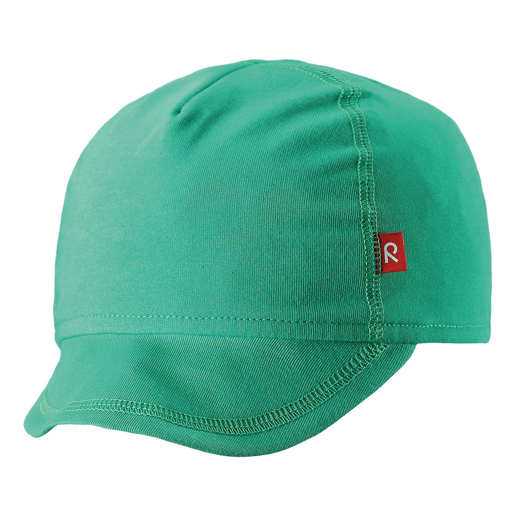 Кепка Wafer ReimaШапки и шарфы<br>Характеристики товара:<br><br>• цвет: зелёный<br>• состав: 65% хлопок, 30% полиэстер, 5% эластан<br>• сплошная подкладка: влаговыводящий трикотаж Play Jersey<br>• температурный режим: от +10С<br>• фактор защиты от ультрафиолета: 50+<br>• эластичный материал<br>• быстросохнущий, очень приятный на ощупь материал Play Jersey<br>• приятная на ощупь хлопковая поверхность<br>• влагоотводящая изнаночная сторона<br>• эмблема Reima спереди<br>• страна бренда: Финляндия<br>• страна производства: Китай<br><br>Детский головной убор может быть модным и удобным одновременно! Стильная кепка поможет обеспечить ребенку комфорт и дополнить наряд. Кепка удобно сидит и аккуратно выглядит. Проста в уходе, долго служит. Стильный дизайн разрабатывался специально для детей. Отличная защита от солнца!<br><br>Уход:<br><br>• стирать с бельем одинакового цвета, вывернув наизнанку<br>• полоскать без специального средства<br>• придать первоначальную форму вo влажном виде.<br><br>Кепку от финского бренда Reima (Рейма) можно купить в нашем интернет-магазине.<br><br>Ширина мм: 89<br>Глубина мм: 117<br>Высота мм: 44<br>Вес г: 155<br>Цвет: зеленый<br>Возраст от месяцев: 6<br>Возраст до месяцев: 9<br>Пол: Унисекс<br>Возраст: Детский<br>Размер: 46,50<br>SKU: 5271000