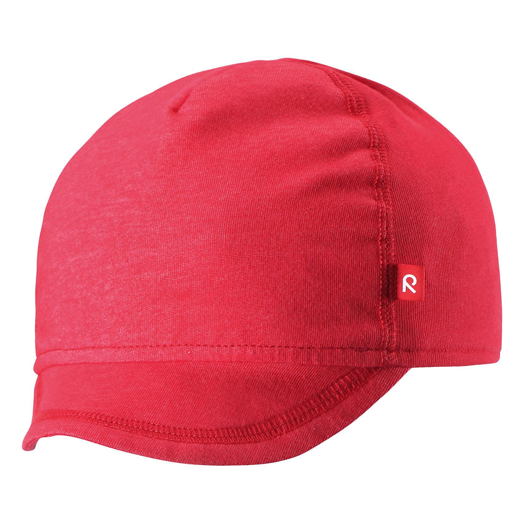 Кепка для девочки ReimaКепка для девочки от финского бренда Reima.<br>Трикотажная шапка «Бини» для малышей. Эластичный материал. Быстросохнущий материал Play Jersey, приятный на ощупь. Выводит влагу наружу и быстро сохнет. Мягкий хлопчатобумажный верх, внутренняя поверхность хорошо выводит влагу. Эластичный удобный материал. Фактор защиты от ультрафиолета 40+. Сплошная подкладка: отводящий влагу материал Play Jersey. Логотип Reima® спереди. Принт по всей поверхности.<br>Состав:<br>65% Хлопок, 30% полиэстер, 5% эластан<br><br><br>Уход:<br>Стирать с бельем одинакового цвета, вывернув наизнанку. Полоскать без специального средства. Придать первоначальную форму вo влажном виде.<br><br>Ширина мм: 89<br>Глубина мм: 117<br>Высота мм: 44<br>Вес г: 155<br>Цвет: красный<br>Возраст от месяцев: 18<br>Возраст до месяцев: 36<br>Пол: Женский<br>Возраст: Детский<br>Размер: 50,46<br>SKU: 5271012