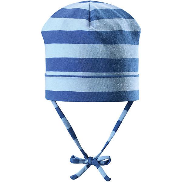 Шапка Linna для мальчика ReimaШапки и шарфы<br>Характеристики товара:<br><br>• цвет: голубой/синий<br>• состав: 65% хлопок, 30% полиэстер, 5% эластан<br>• сплошная подкладка: влаговыводящий трикотаж Play Jersey<br>• температурный режим: от 0С до +10С<br>• фактор защиты от ультрафиолета: 40+<br>• эластичный материал<br>• быстросохнущий, очень приятный на ощупь материал Play Jersey<br>• приятная на ощупь хлопковая поверхность<br>• влагоотводящая изнаночная сторона<br>• завязки во всех размерах<br>• эмблема Reima сзади<br>• страна бренда: Финляндия<br>• страна производства: Китай<br><br>Детский головной убор может быть модным и удобным одновременно! Стильная шапка поможет обеспечить ребенку комфорт и дополнить наряд. Шапка удобно сидит и аккуратно выглядит. Проста в уходе, долго служит. Стильный дизайн разрабатывался специально для детей. Отличная защита от дождя и ветра!<br><br>Уход:<br><br>• стирать с бельем одинакового цвета, вывернув наизнанку<br>• полоскать без специального средства<br>• придать первоначальную форму вo влажном виде.<br><br>Шапку от финского бренда Reima (Рейма) можно купить в нашем интернет-магазине.<br>Ширина мм: 89; Глубина мм: 117; Высота мм: 44; Вес г: 155; Цвет: синий; Возраст от месяцев: 18; Возраст до месяцев: 36; Пол: Мужской; Возраст: Детский; Размер: 50,46,52,48; SKU: 5271030;