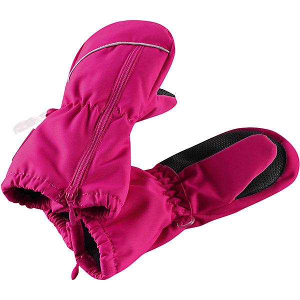 Варежки Litava для девочки ReimaПерчатки, варежки<br>Характеристики товара:<br><br>• цвет: розовый<br>• состав: 100% полиэстер, полиуретановое покрытие<br>• температурный режим: от 0° до +10°С<br>• водонепроницаемость: 15000 мм<br>• воздухопроницаемость: 5000 мм<br>• износостойкость: 40000 (тест Мартиндейла)<br>• без утеплителя<br>• полностью водонепроницаемые и дышащие благодаря внутренней вставке из материала Hipora<br>• износостойкий материал<br>• ветронепроницаемый, водо- и грязеотталкивающий материал<br>• водонепроницаемая вставка<br>• усиление на ладони и большом пальце<br>• трикотажная подкладка из полиэстера с начёсом<br>• можно сушить в сушильном шкафу<br>• молния облегчает надевание<br>• эмблема Reima сбоку<br>• светоотражающие детали<br>• страна производства: Китай<br>• страна бренда: Финляндия<br>• коллекция: весна-лето 2017<br><br>Reima представляет новые варежки для детей. Они помогут обеспечить ребенку комфорт и дополнить наряд. Варежки отлично смотрятся с различной одеждой. Изделия удобно сидят и модно выглядят, в их основе - водо- и ветронепроницаемый грязеотталкивающий материал. Просты в уходе, долго служат. Стильный дизайн разрабатывался специально для детей.<br><br>Одежда и обувь от финского бренда Reima пользуется популярностью во многих странах. Эти изделия стильные, качественные и удобные. Для производства продукции используются только безопасные, проверенные материалы и фурнитура. Порадуйте ребенка модными и красивыми вещами от Reima! <br><br>Варежки для мальчика от финского бренда Reima (Рейма) можно купить в нашем интернет-магазине.<br><br>Ширина мм: 162<br>Глубина мм: 171<br>Высота мм: 55<br>Вес г: 119<br>Цвет: розовый<br>Возраст от месяцев: 6<br>Возраст до месяцев: 18<br>Пол: Женский<br>Возраст: Детский<br>Размер: 1,2,3<br>SKU: 5271164