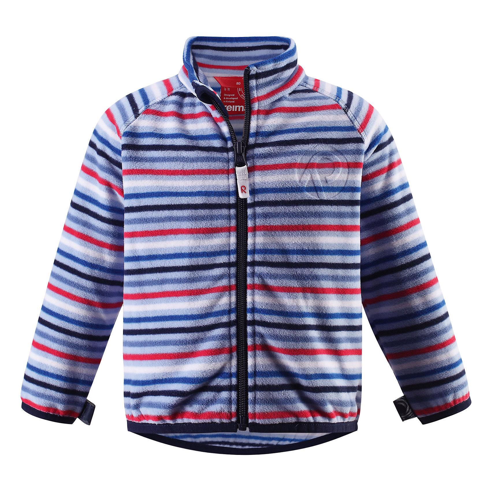 Куртка флисовая Nuoto ReimaПолоска<br>Характеристики товара:<br><br>• цвет: голубой<br>• состав: 100% полиэстер, флис<br>• тёплый, лёгкий и быстросохнущий полярный флис<br>• пристёгивается к верхней одежде Reima с помощью системы кнопок Play Layers<br>• эластичные манжеты и подол<br>• молния во всю длину со вставкой для защиты подбородка<br>• модель с горячим тиснением<br>• комфортная посадка<br>• страна производства: Китай<br>• страна бренда: Финляндия<br>• коллекция: весна-лето 2017<br><br>Одежда для детей может быть модной и комфортной одновременно! Удобная курточка поможет обеспечить ребенку комфорт и тепло. Изделие сшито из флиса - мягкого и теплого материала, приятного на ощупь. Модель стильно смотрится, отлично сочетается с различным низом. Стильный дизайн разрабатывался специально для детей.<br><br>Одежда и обувь от финского бренда Reima пользуется популярностью во многих странах. Эти изделия стильные, качественные и удобные. Для производства продукции используются только безопасные, проверенные материалы и фурнитура. Порадуйте ребенка модными и красивыми вещами от Reima! <br><br>Куртку флисовую для мальчика от финского бренда Reima (Рейма) можно купить в нашем интернет-магазине.<br><br>Ширина мм: 356<br>Глубина мм: 10<br>Высота мм: 245<br>Вес г: 519<br>Цвет: синий<br>Возраст от месяцев: 24<br>Возраст до месяцев: 36<br>Пол: Унисекс<br>Возраст: Детский<br>Размер: 98,74,92,80,86<br>SKU: 5271277