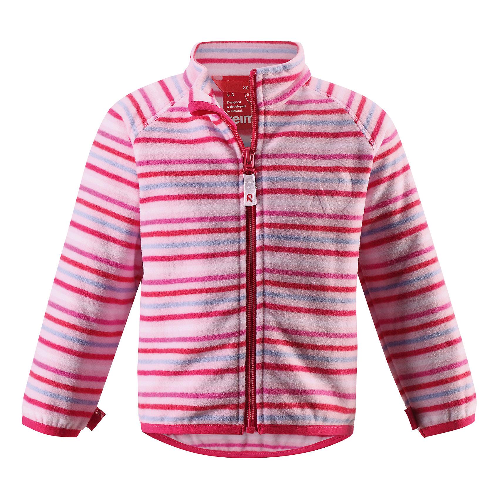 Куртка Nuoto для девочки флисовая ReimaОдежда<br>Характеристики товара:<br><br>• цвет: розовый<br>• состав: 100% полиэстер, флис<br>• тёплый, лёгкий и быстросохнущий полярный флис<br>• пристёгивается к верхней одежде Reima с помощью системы кнопок Play Layers<br>• эластичные манжеты и подол<br>• молния во всю длину со вставкой для защиты подбородка<br>• модель с горячим тиснением<br>• комфортная посадка<br>• страна производства: Китай<br>• страна бренда: Финляндия<br>• коллекция: весна-лето 2017<br><br>Одежда для детей может быть модной и комфортной одновременно! Удобная курточка поможет обеспечить ребенку комфорт и тепло. Изделие сшито из флиса - мягкого и теплого материала, приятного на ощупь. Модель стильно смотрится, отлично сочетается с различным низом. Стильный дизайн разрабатывался специально для детей.<br><br>Одежда и обувь от финского бренда Reima пользуется популярностью во многих странах. Эти изделия стильные, качественные и удобные. Для производства продукции используются только безопасные, проверенные материалы и фурнитура. Порадуйте ребенка модными и красивыми вещами от Reima! <br><br>Куртку флисовую для мальчика от финского бренда Reima (Рейма) можно купить в нашем интернет-магазине.<br><br>Ширина мм: 356<br>Глубина мм: 10<br>Высота мм: 245<br>Вес г: 519<br>Цвет: розовый<br>Возраст от месяцев: 24<br>Возраст до месяцев: 36<br>Пол: Женский<br>Возраст: Детский<br>Размер: 98,74,80,86,92<br>SKU: 5271283
