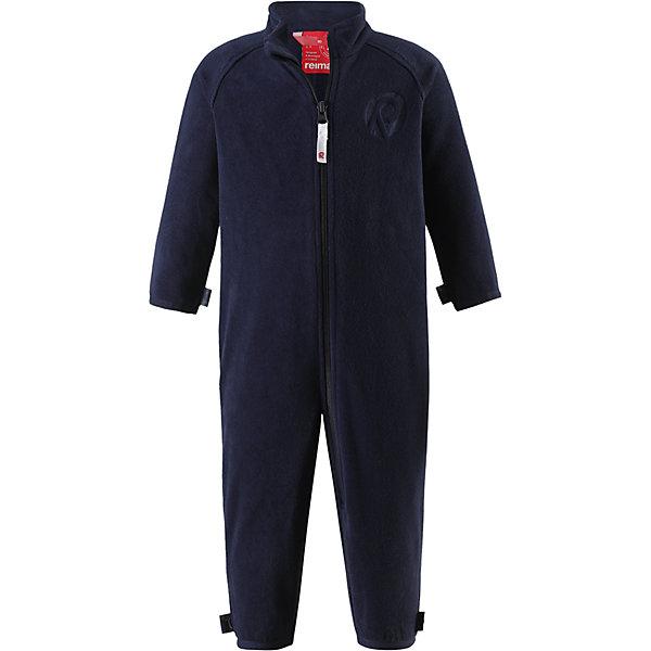 Комбинезон Kiesu для мальчика ReimaОдежда<br>Характеристики товара:<br><br>• цвет: тёмно-синий<br>• состав: 100% полиэстер, флис<br>• тёплый, лёгкий и быстросохнущий полярный флис<br>• пристёгивается к верхней одежде Reima с помощью системы кнопок Play Layers<br>• эластичные манжеты на рукавах и брючинах<br>• молния во всю длину со вставкой для защиты подбородка<br>• с отделкой горячим тиснением<br>• комфортная посадка<br>• страна производства: Китай<br>• страна бренда: Финляндия<br>• коллекция: весна-лето 2017<br><br>Одежда для детей может быть теплой и комфортной одновременно! Удобный комбинезон поможет обеспечить ребенку комфорт и тепло. Изделие сшито из флиса - мягкого и теплого материала, приятного на ощупь. Модель стильно смотрится, отлично сочетается с различным низом. Симпатичный дизайн разрабатывался специально для детей.<br><br>Одежда и обувь от финского бренда Reima пользуется популярностью во многих странах. Эти изделия стильные, качественные и удобные. Для производства продукции используются только безопасные, проверенные материалы и фурнитура. Порадуйте ребенка модными и красивыми вещами от Reima! <br><br>Комбинезон от финского бренда Reima (Рейма) можно купить в нашем интернет-магазине.<br><br>Ширина мм: 190<br>Глубина мм: 74<br>Высота мм: 229<br>Вес г: 236<br>Цвет: синий<br>Возраст от месяцев: 6<br>Возраст до месяцев: 9<br>Пол: Мужской<br>Возраст: Детский<br>Размер: 74,86,98,68,80,92<br>SKU: 5271296