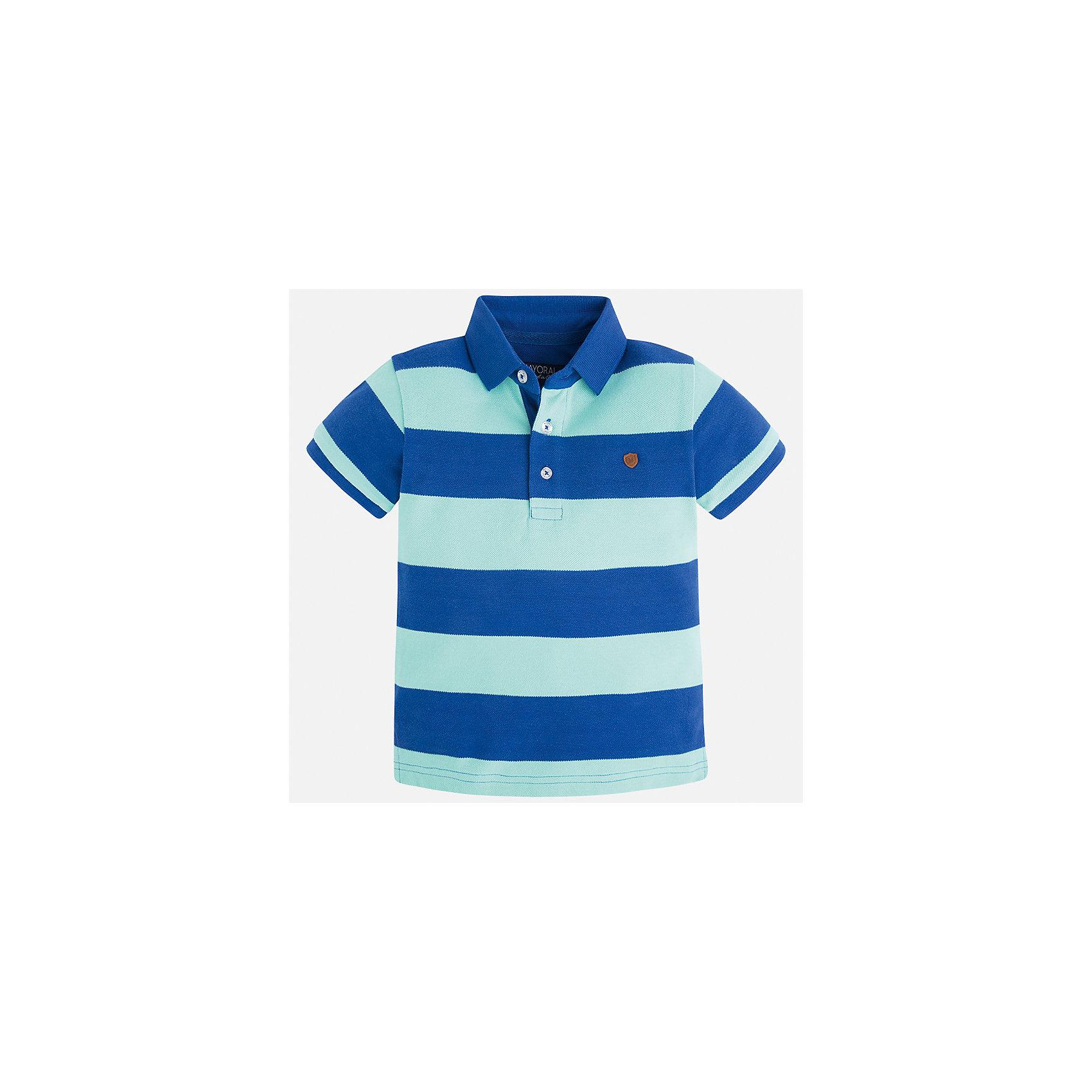 Футболка-поло для мальчика MayoralФутболки, поло и топы<br>Характеристики товара:<br><br>• цвет: синий/зеленый<br>• состав: 100% хлопок<br>• отложной воротник<br>• короткие рукава<br>• застежка: пуговицы<br>• декорирована вышивкой<br>• страна бренда: Испания<br><br>Удобная и модная футболка-поло для мальчика может стать базовой вещью в гардеробе ребенка. Она отлично сочетается с брюками, шортами, джинсами и т.д. Универсальный крой и цвет позволяет подобрать к вещи низ разных расцветок. Практичное и стильное изделие! В составе материала - только натуральный хлопок, гипоаллергенный, приятный на ощупь, дышащий.<br><br>Одежда, обувь и аксессуары от испанского бренда Mayoral полюбились детям и взрослым по всему миру. Модели этой марки - стильные и удобные. Для их производства используются только безопасные, качественные материалы и фурнитура. Порадуйте ребенка модными и красивыми вещами от Mayoral! <br><br>Футболку-поло для мальчика от испанского бренда Mayoral (Майорал) можно купить в нашем интернет-магазине.<br><br>Ширина мм: 230<br>Глубина мм: 40<br>Высота мм: 220<br>Вес г: 250<br>Цвет: синий<br>Возраст от месяцев: 60<br>Возраст до месяцев: 72<br>Пол: Мужской<br>Возраст: Детский<br>Размер: 116,134,122,110,104,98,128,92<br>SKU: 5272000
