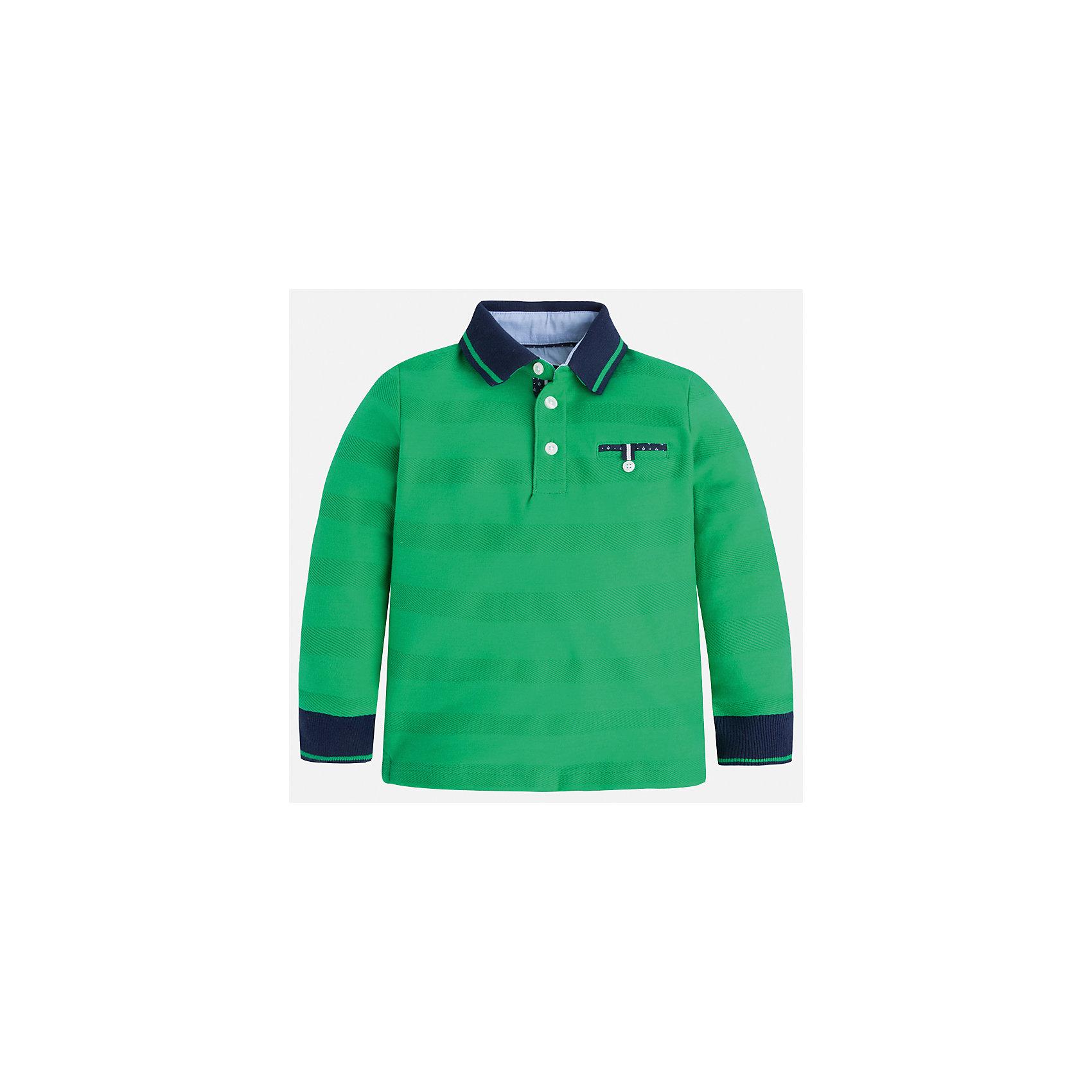 Рубашка-поло для мальчика MayoralХарактеристики товара:<br><br>• цвет: зеленый<br>• состав: 100% хлопок<br>• отложной воротник<br>• длинные рукава<br>• застежка: пуговицы<br>• карман на груди<br>• страна бренда: Испания<br><br>Стильная рубашка-поло для мальчика может стать базовой вещью в гардеробе ребенка. Она отлично сочетается с брюками, шортами, джинсами и т.д. Универсальный крой и цвет позволяет подобрать к вещи низ разных расцветок. Практичное и стильное изделие! В составе материала - только натуральный хлопок, гипоаллергенный, приятный на ощупь, дышащий.<br><br>Одежда, обувь и аксессуары от испанского бренда Mayoral полюбились детям и взрослым по всему миру. Модели этой марки - стильные и удобные. Для их производства используются только безопасные, качественные материалы и фурнитура. Порадуйте ребенка модными и красивыми вещами от Mayoral! <br><br>Рубашку-поло для мальчика от испанского бренда Mayoral (Майорал) можно купить в нашем интернет-магазине.<br><br>Ширина мм: 230<br>Глубина мм: 40<br>Высота мм: 220<br>Вес г: 250<br>Цвет: зеленый<br>Возраст от месяцев: 18<br>Возраст до месяцев: 24<br>Пол: Мужской<br>Возраст: Детский<br>Размер: 116,110,104,98,128,92,134,122<br>SKU: 5272117