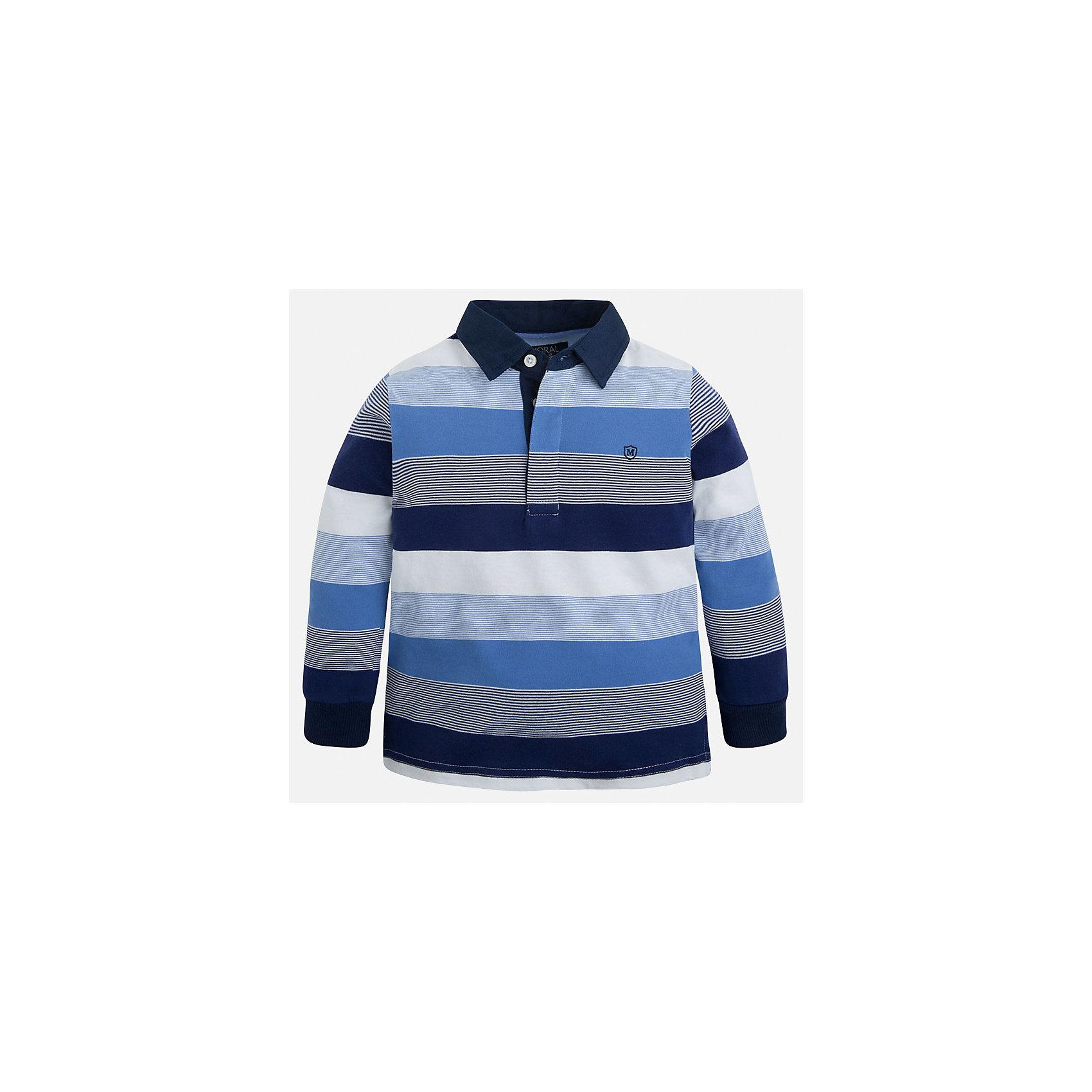 Футболка-поло с длинным рукавом для мальчика MayoralФутболки с длинным рукавом<br>Характеристики товара:<br><br>• цвет: синий/белый/голубой<br>• состав: 100% хлопок<br>• отложной воротник<br>• длинные рукава<br>• застежка: пуговицы<br>• вышивка на груди<br>• страна бренда: Испания<br><br>Удобная модная рубашка-поло для мальчика может стать базовой вещью в гардеробе ребенка. Она отлично сочетается с брюками, шортами, джинсами и т.д. Универсальный крой и цвет позволяет подобрать к вещи низ разных расцветок. Практичное и стильное изделие! В составе материала - только натуральный хлопок, гипоаллергенный, приятный на ощупь, дышащий.<br><br>Одежда, обувь и аксессуары от испанского бренда Mayoral полюбились детям и взрослым по всему миру. Модели этой марки - стильные и удобные. Для их производства используются только безопасные, качественные материалы и фурнитура. Порадуйте ребенка модными и красивыми вещами от Mayoral! <br><br>Рубашку-поло для мальчика от испанского бренда Mayoral (Майорал) можно купить в нашем интернет-магазине.<br><br>Ширина мм: 230<br>Глубина мм: 40<br>Высота мм: 220<br>Вес г: 250<br>Цвет: белый<br>Возраст от месяцев: 84<br>Возраст до месяцев: 96<br>Пол: Мужской<br>Возраст: Детский<br>Размер: 128,134,122,110,98,92,116,104<br>SKU: 5272162